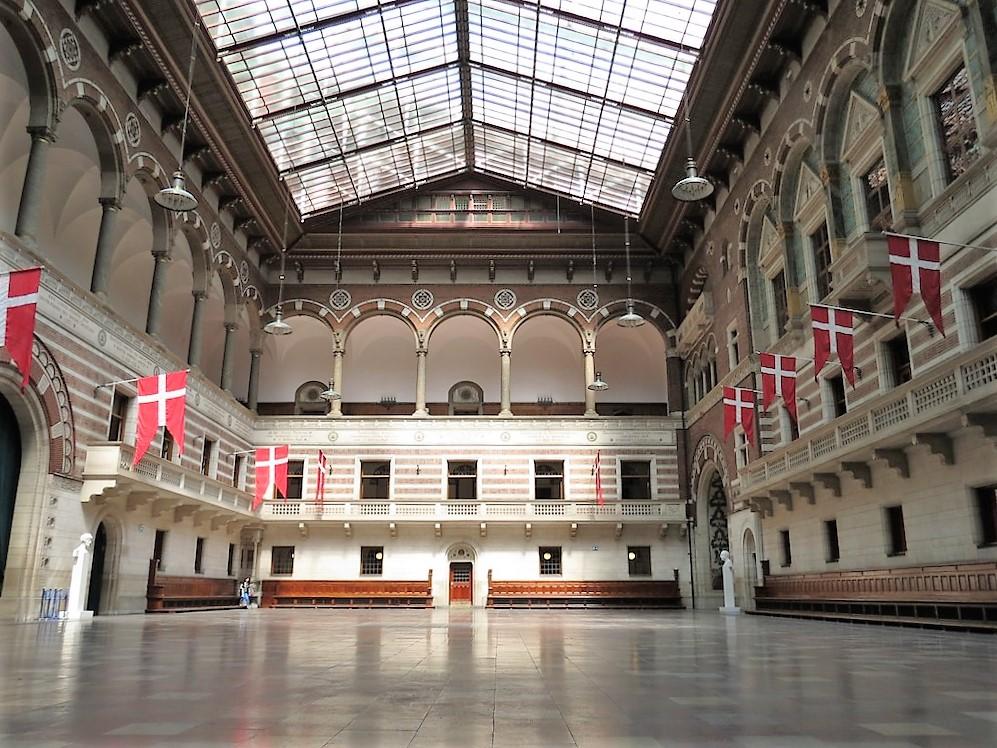 Copenhagen_City_Hall_interior.jpg