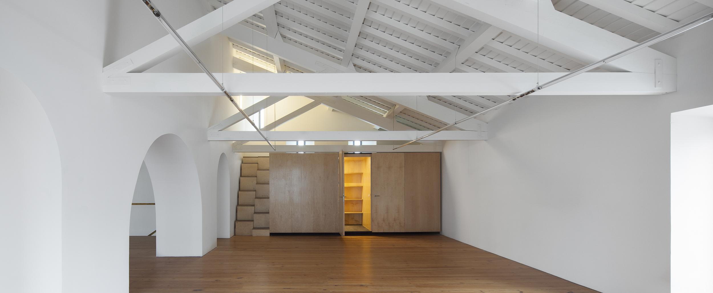 contemporary_arts_center_interior.jpg