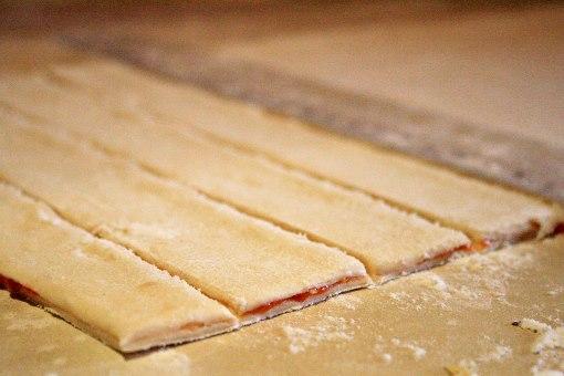 Pizza twister - pásiky lístkového cesta
