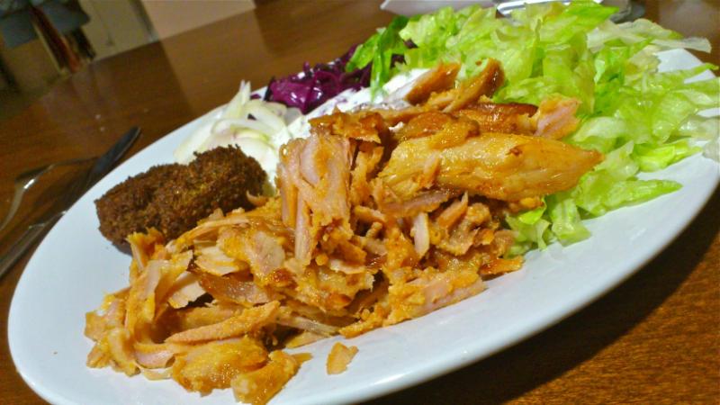 Kus Kus Kebab na Tanier