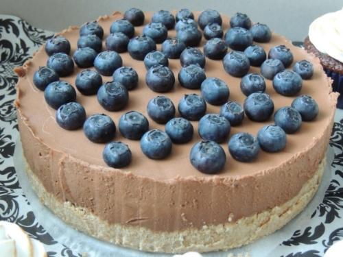 Čučoriedkovo čokoládová torta