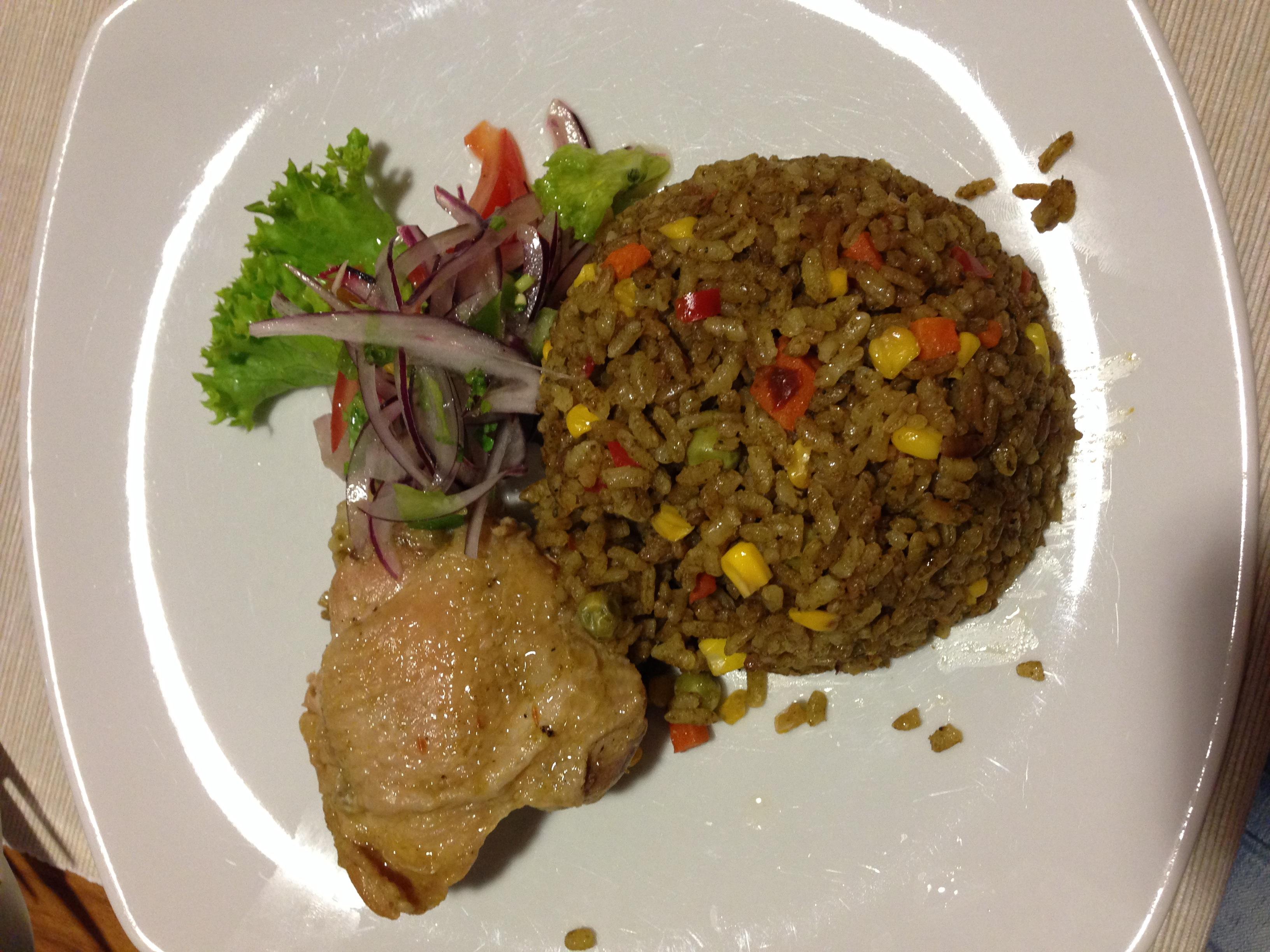 Peruánska ryža s kuriatkom a zeleninou