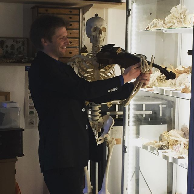 Chris's new student has nailed the posture but is lacking a bit of body in his sound... Having fun at the Museum of Natural History for Oxford Lieder playing a gorgeous new work for soprano and quartet by Cheryl Frances Hoad