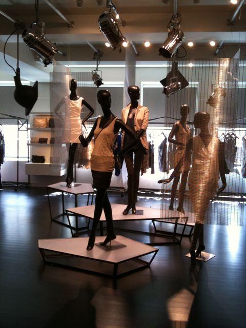 Nicole Miller: showroom