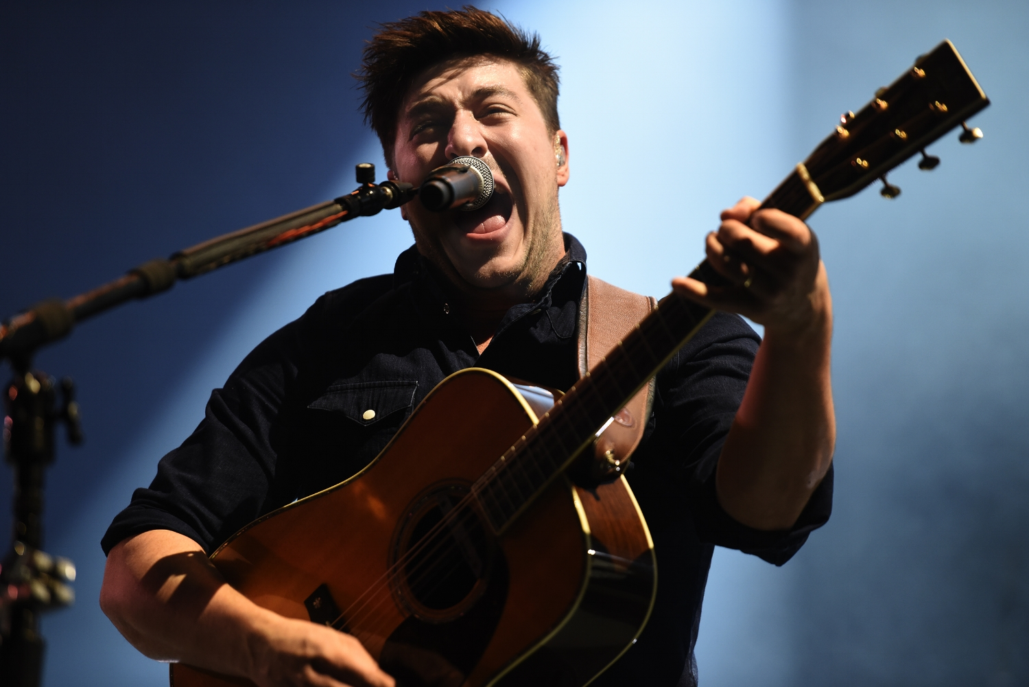 Mumford & Sons wrap-up the Okeechobee Music Festival with a moving performance in Okeechobee, Florida on Sunday, March 6, 2016. (Daniel Owen / The Palm Beach Post)
