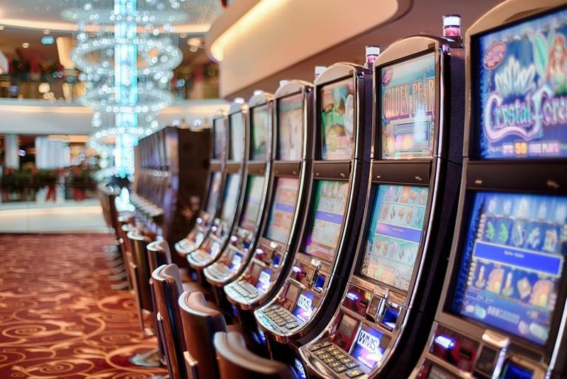 Image source:https://www.pexels.com/photo/addiction-bet-betting-casino-5258/
