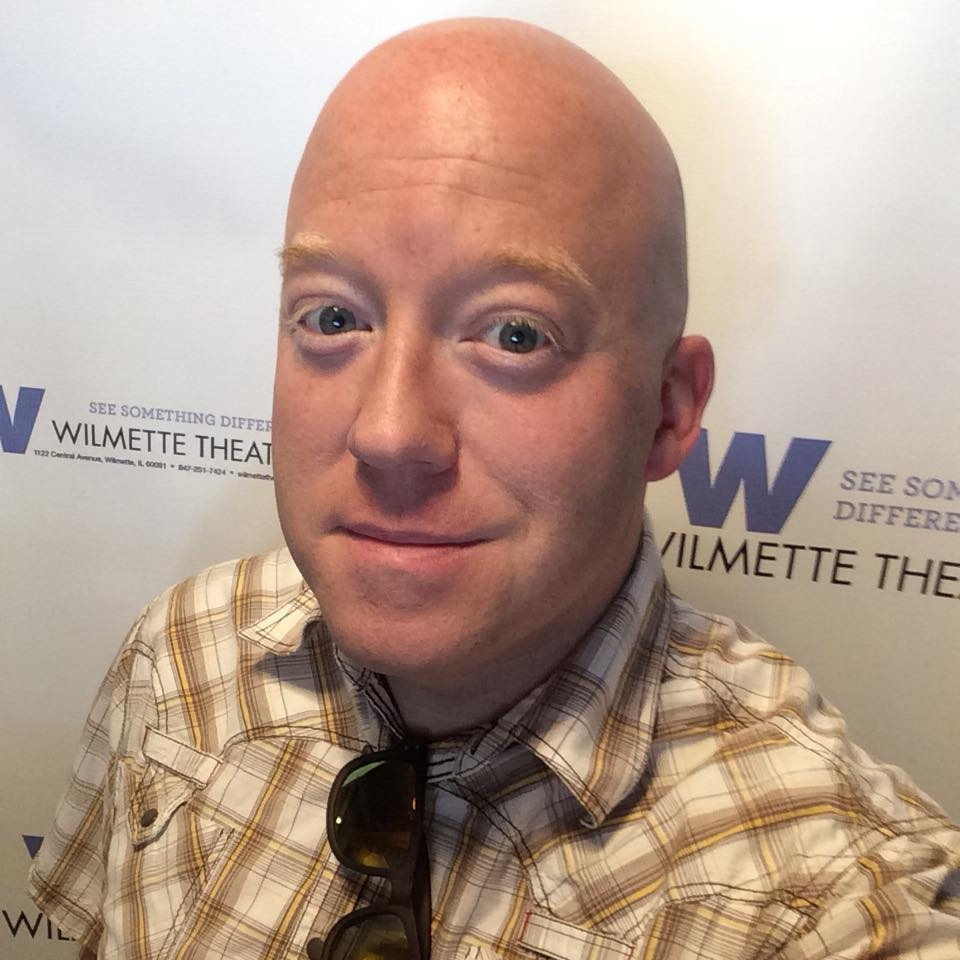 "Don Shanahan hosting the ""Kids Klassics"" series at The Wilmette Theater in Spring 2018"