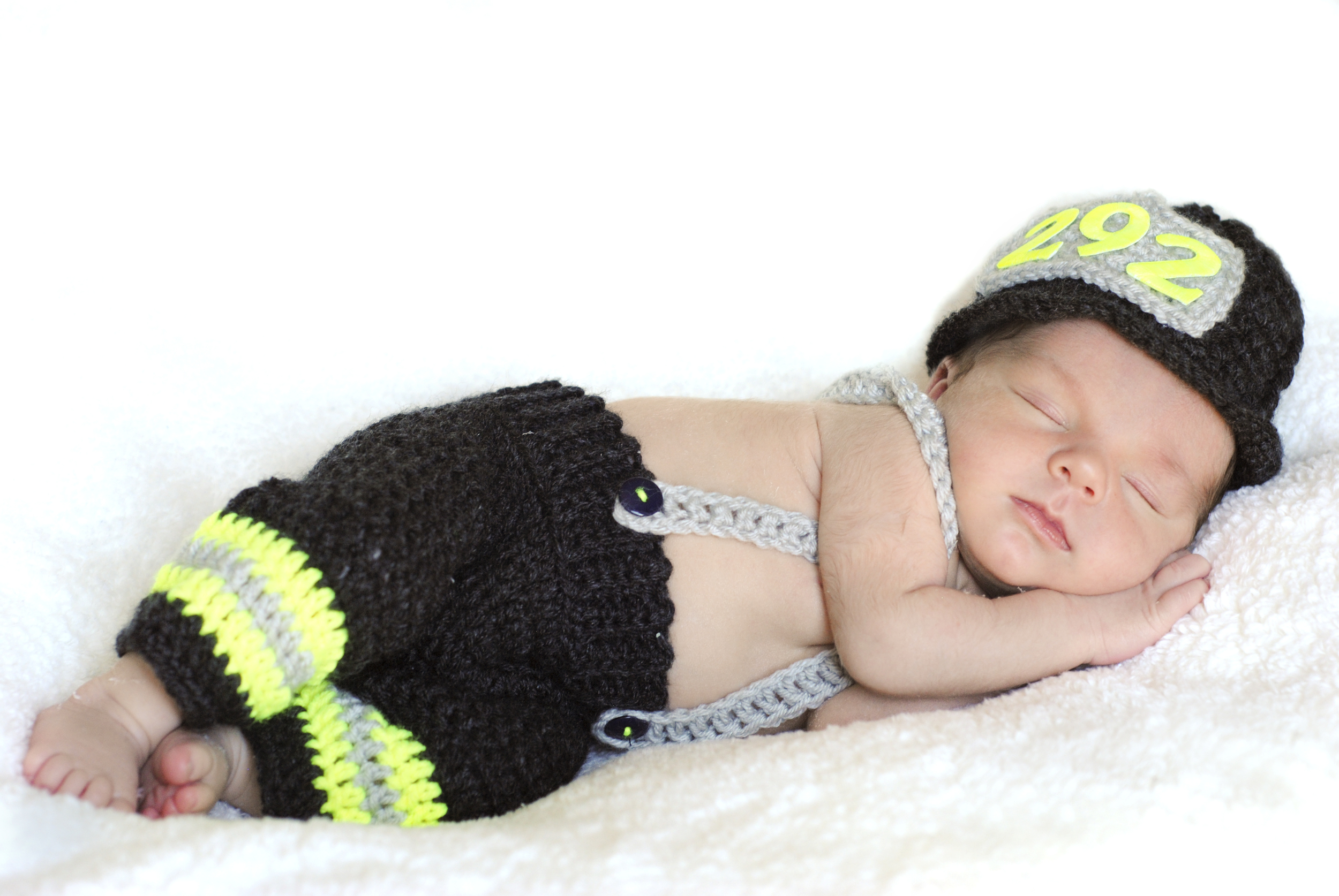 West Mifflin- Newborn Photographer (1).jpg
