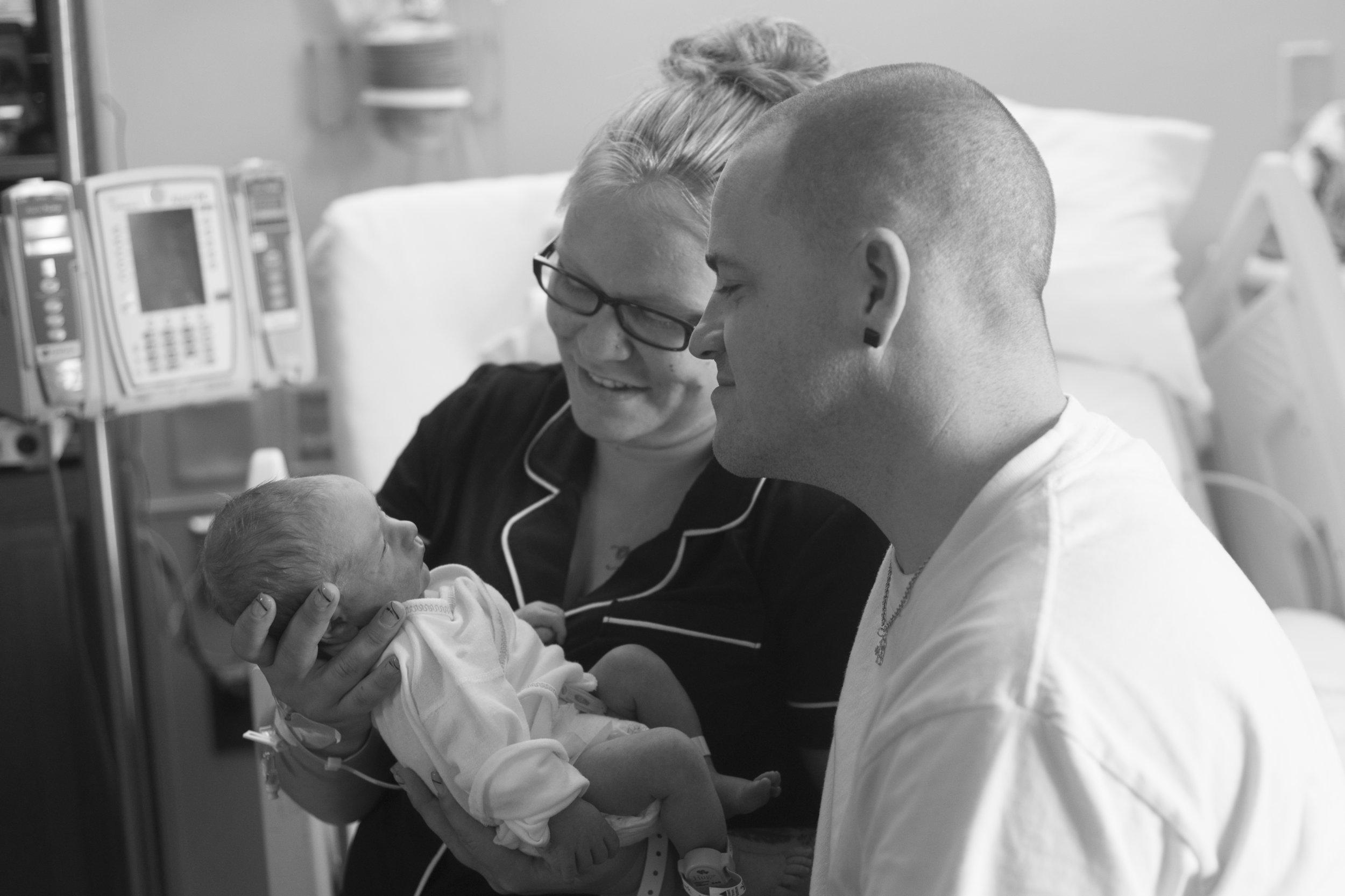 Mercy Hospital Pittsburgh, newborn photography (6).jpg