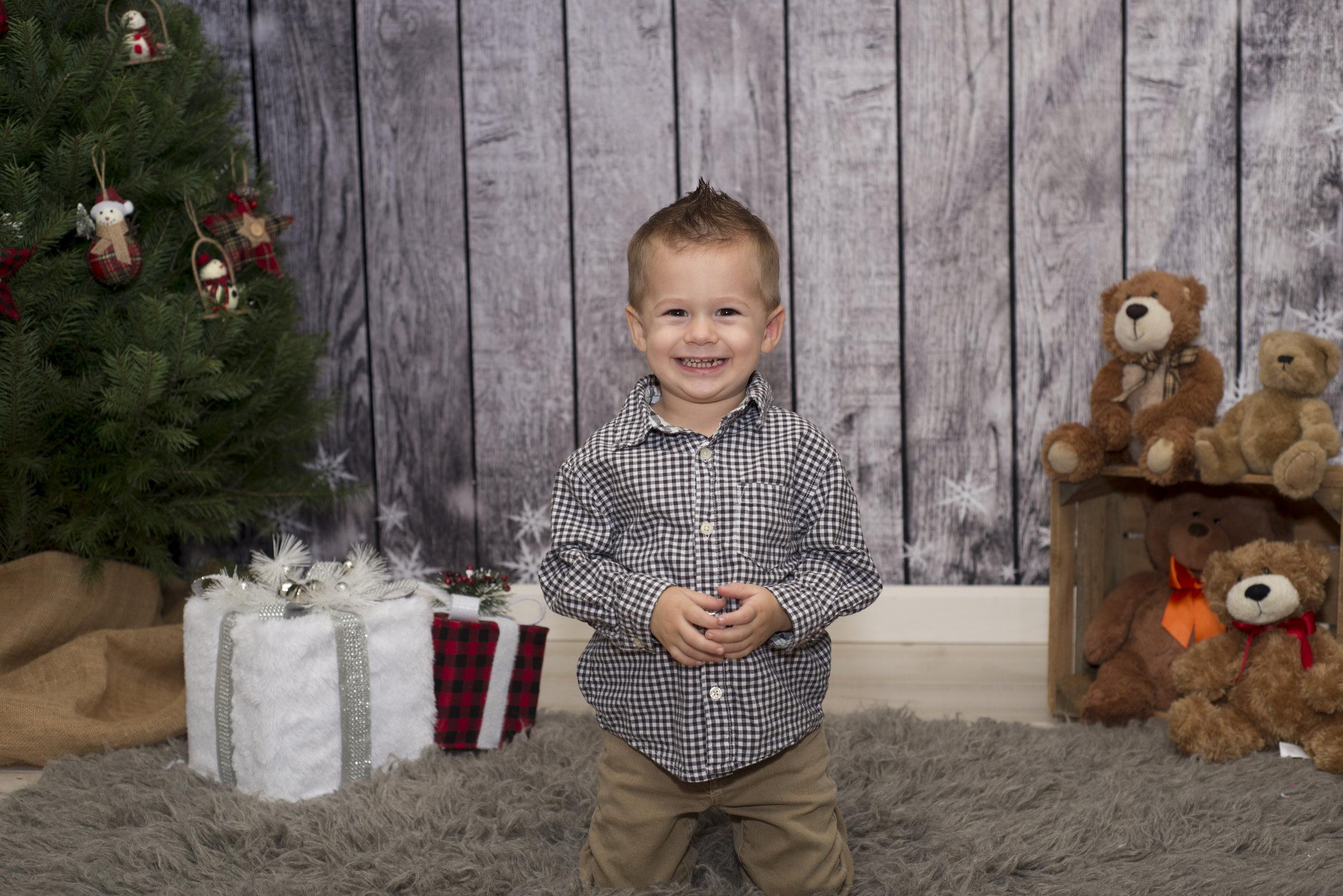 Pittsburgh's best Christmas studio portraits