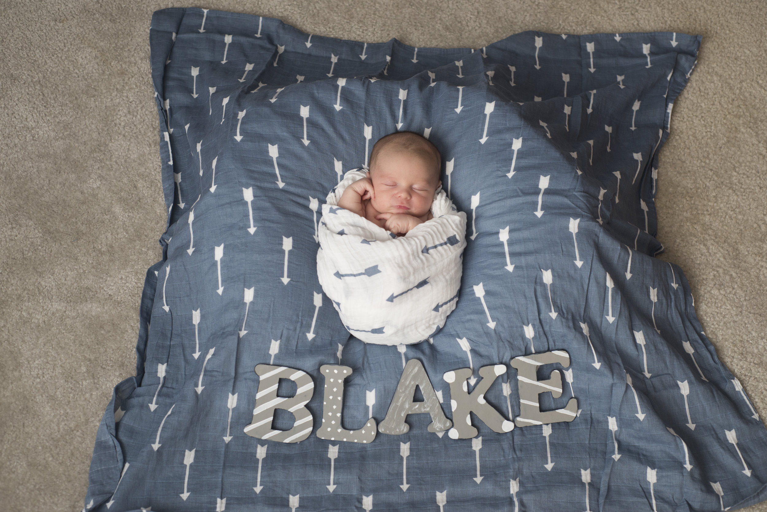 Pittsburgh Lifestyle Newborn Photography Plum newborn boy.jpg