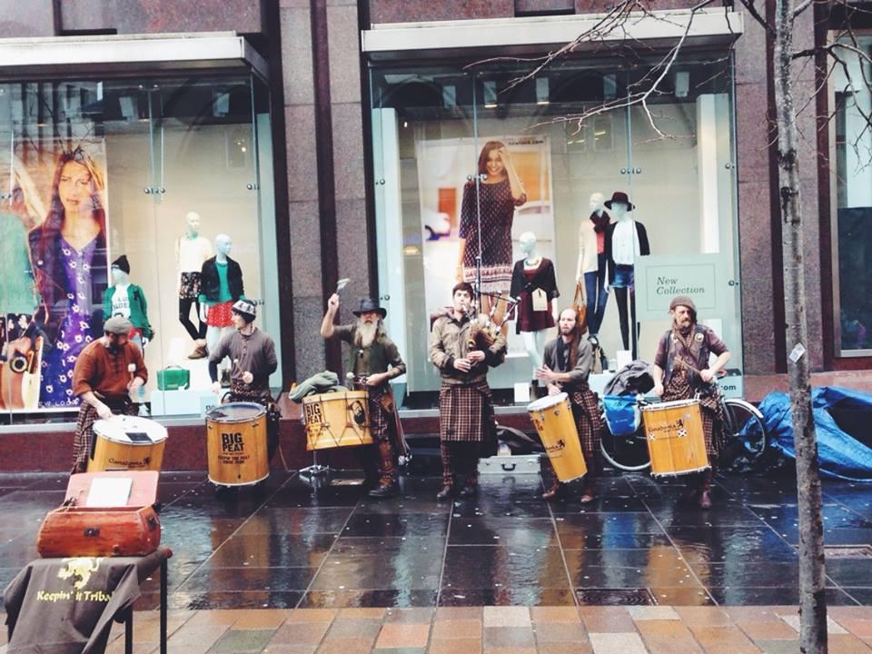 Street performers on Sauchiehall Street