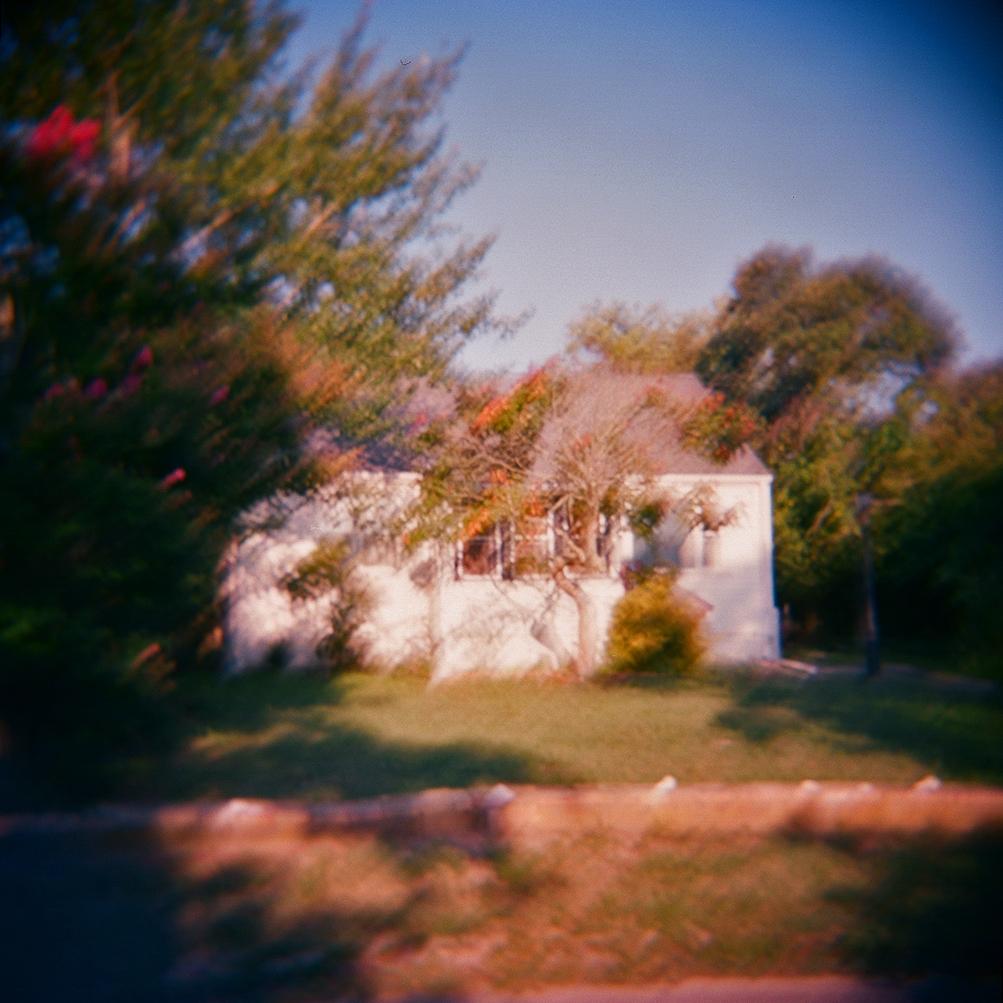 holga house blur1.jpg