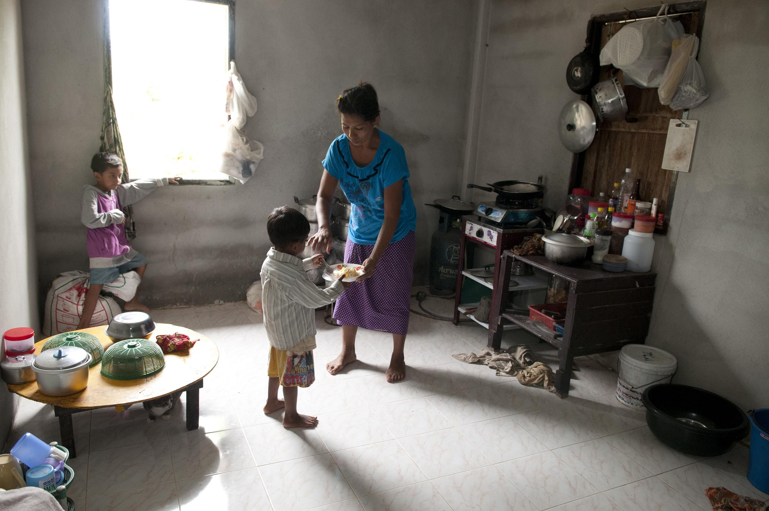 Burmese Rubber Plantation Workers