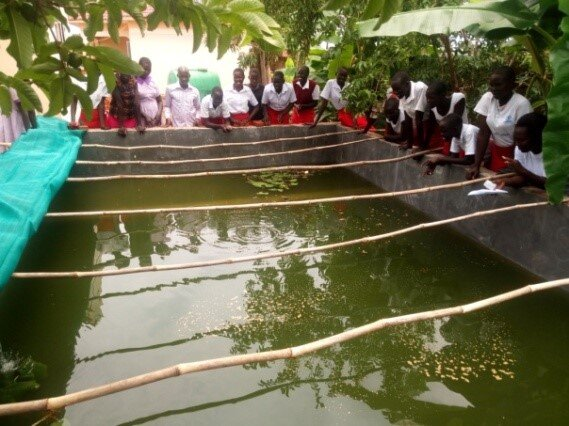 Students Learning at one of the VAD Foundation Demonstration Fishpond