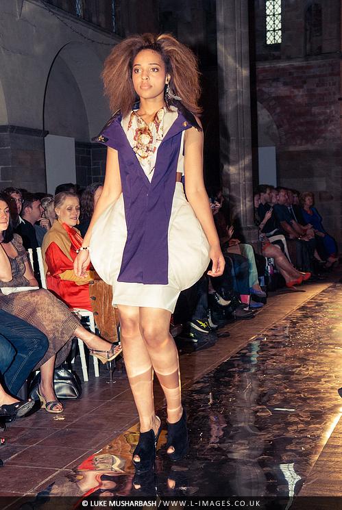 LCA_Fashion_Show_20.jpg
