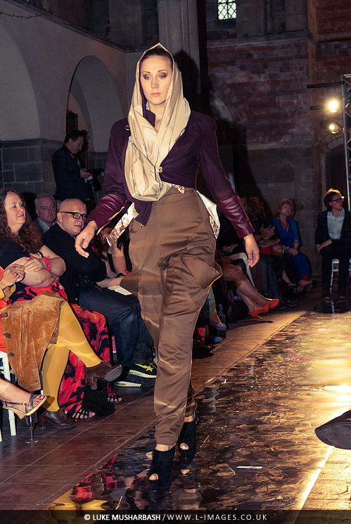 LCA_Fashion_Show_25.jpg