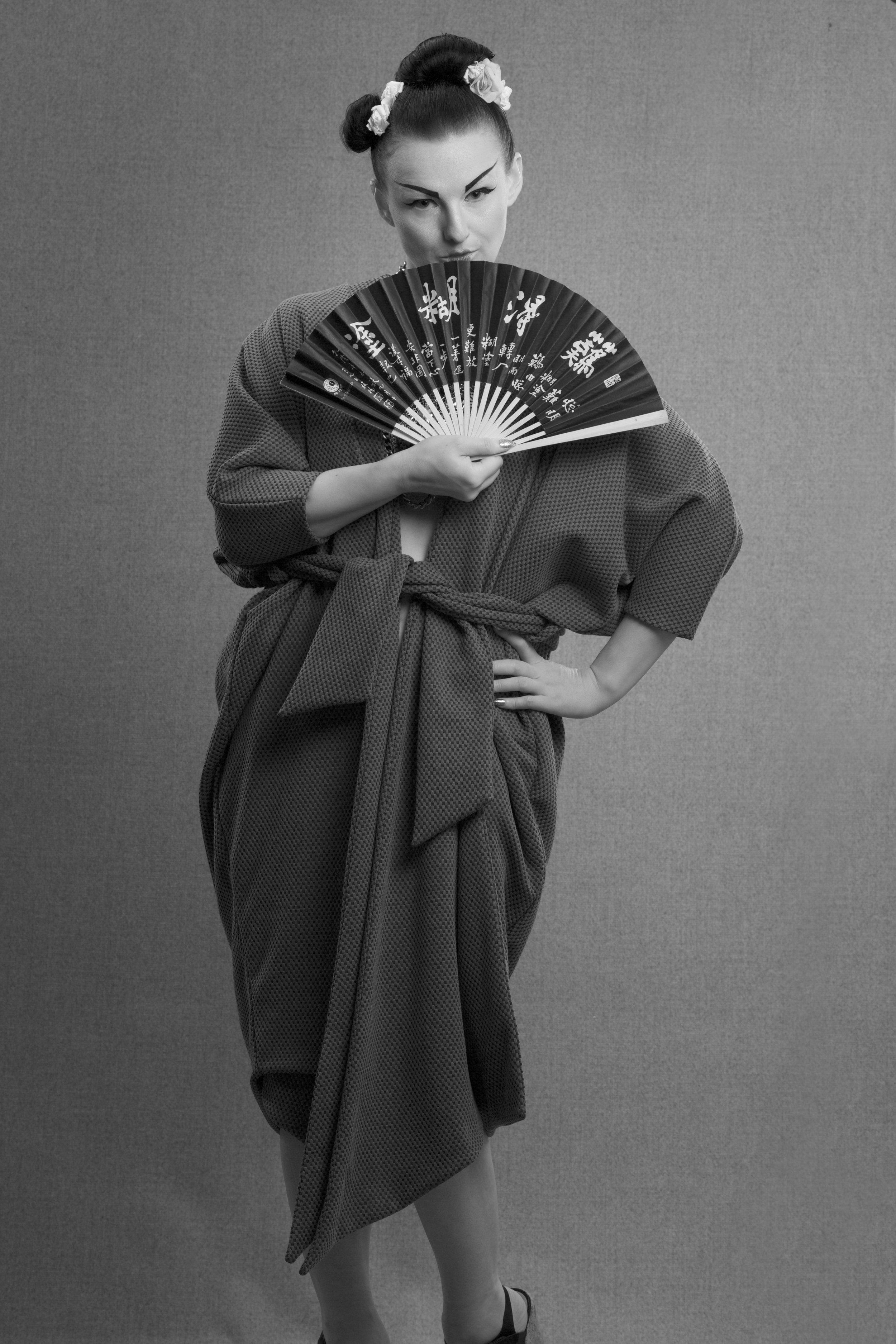 zaramia-ava-zaramiaava-leeds-fashion-designer-ethical-sustainable-grey-drape-ayame-jacket-noa-geshia-black-white-2