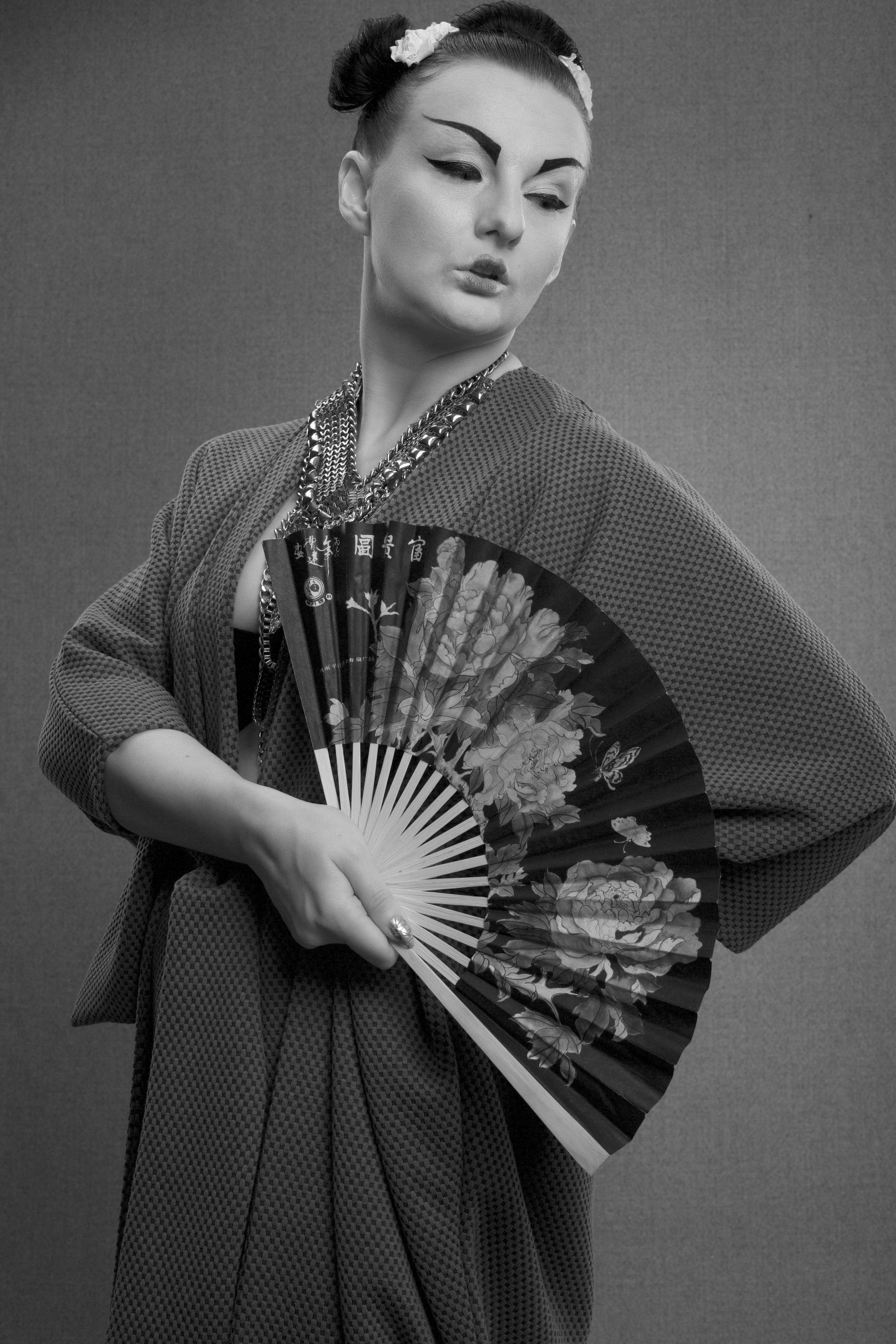 zaramia-ava-zaramiaava-leeds-fashion-designer-ethical-sustainable-grey-drape-ayame-jacket-noa-geshia-black-white-1
