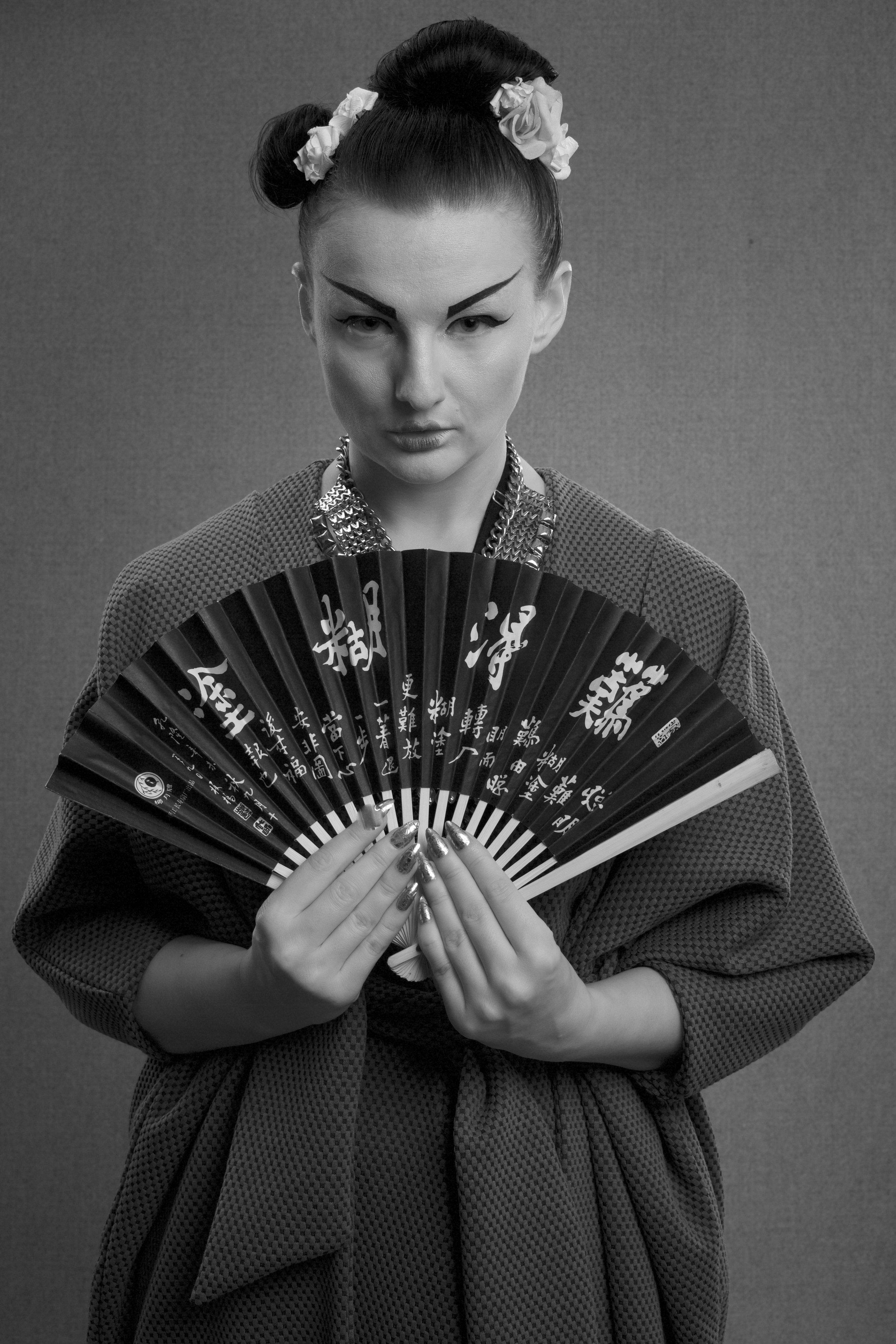 zaramia-ava-zaramiaava-leeds-fashion-designer-ethical-sustainable-grey-drape-ayame-jacket-noa-geshia-black-white-3