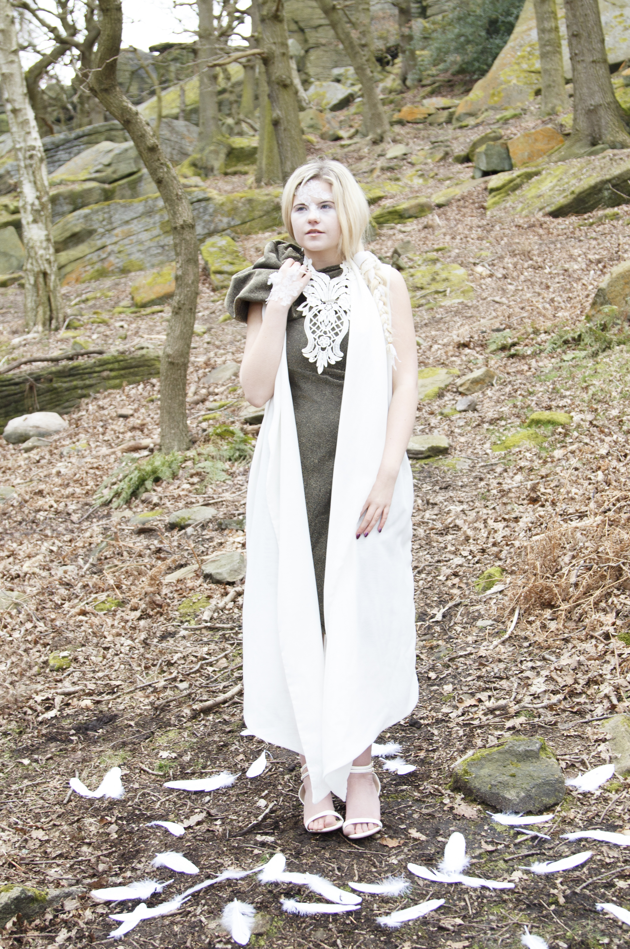 zaramia-ava-zaramiaava-leeds-fashion-designer-ethical-sustainable-smoke-versatile-drape-wrap-gold-cowl-white-dress-styling-location-womenswear-models-photoshoot-location-lace-2