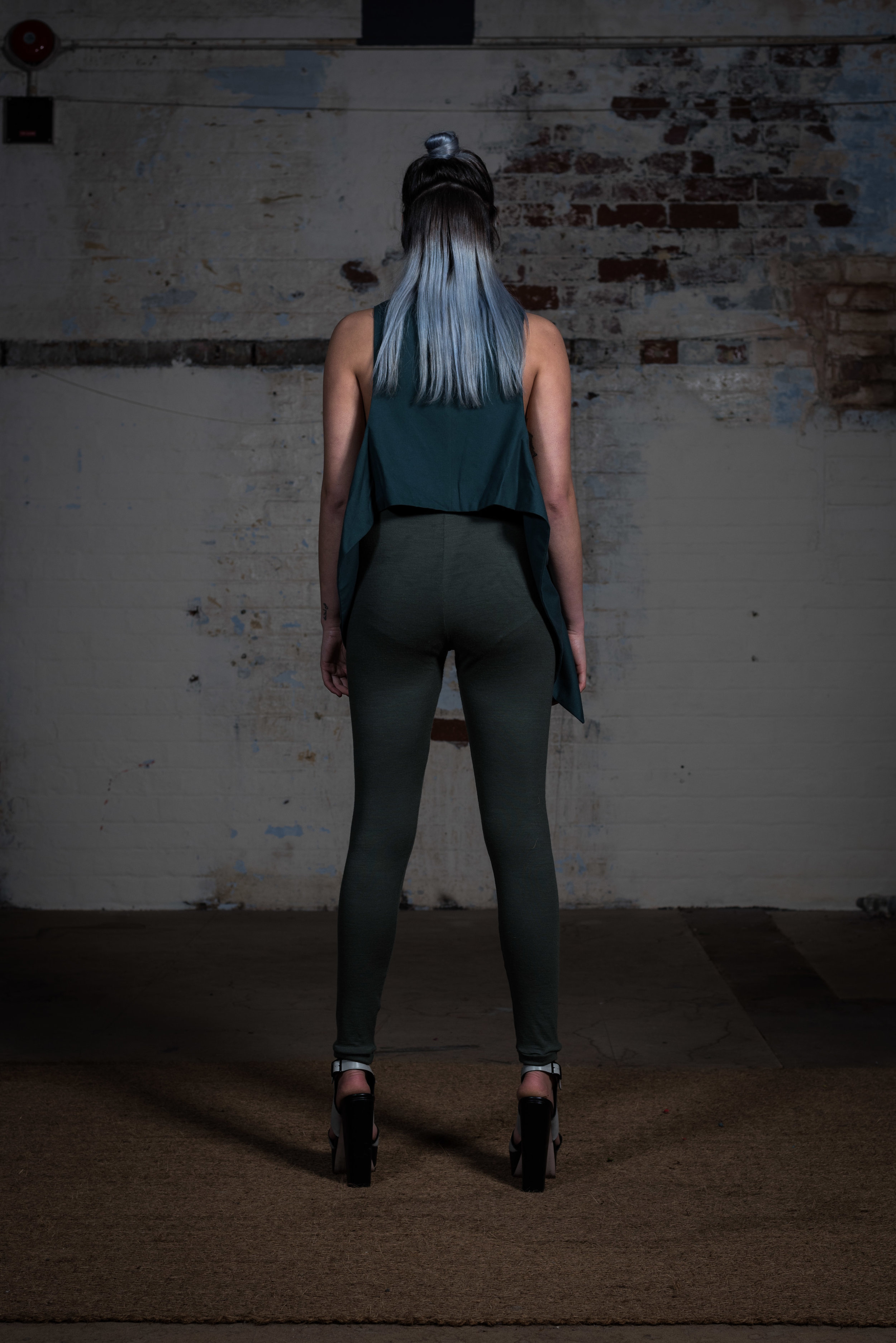 zaramia-ava-zaramiaava-leeds-fashion-designer-ethical-sustainable-teal-wrap-top-versatile-drape-grey-rei-cowl-leggings-styling-location-womenswear-models-photoshoot-23