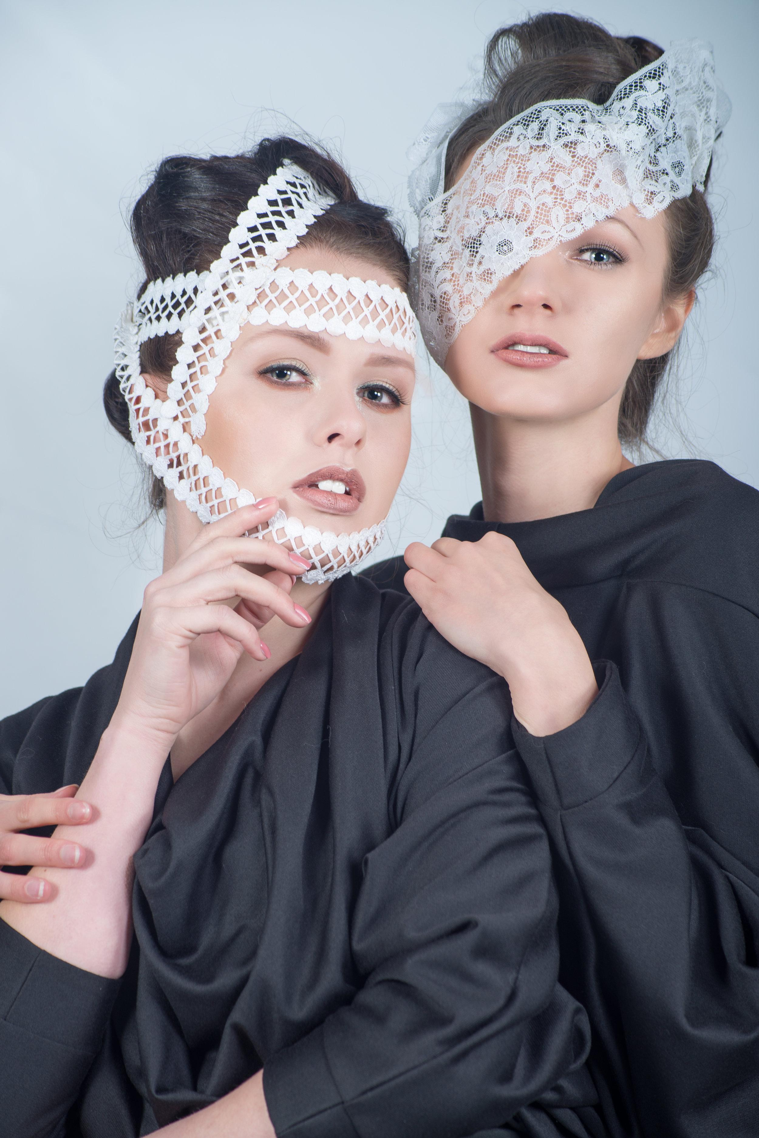 zaramia-ava-zaramiaava-leeds-fashion-designer-ethical-sustainable-tailored-minimalist-aya-lace-black-obi-belt-dress-versatile-drape-cowl-styling-studio-womenswear-models-photoshoot-black-white-3