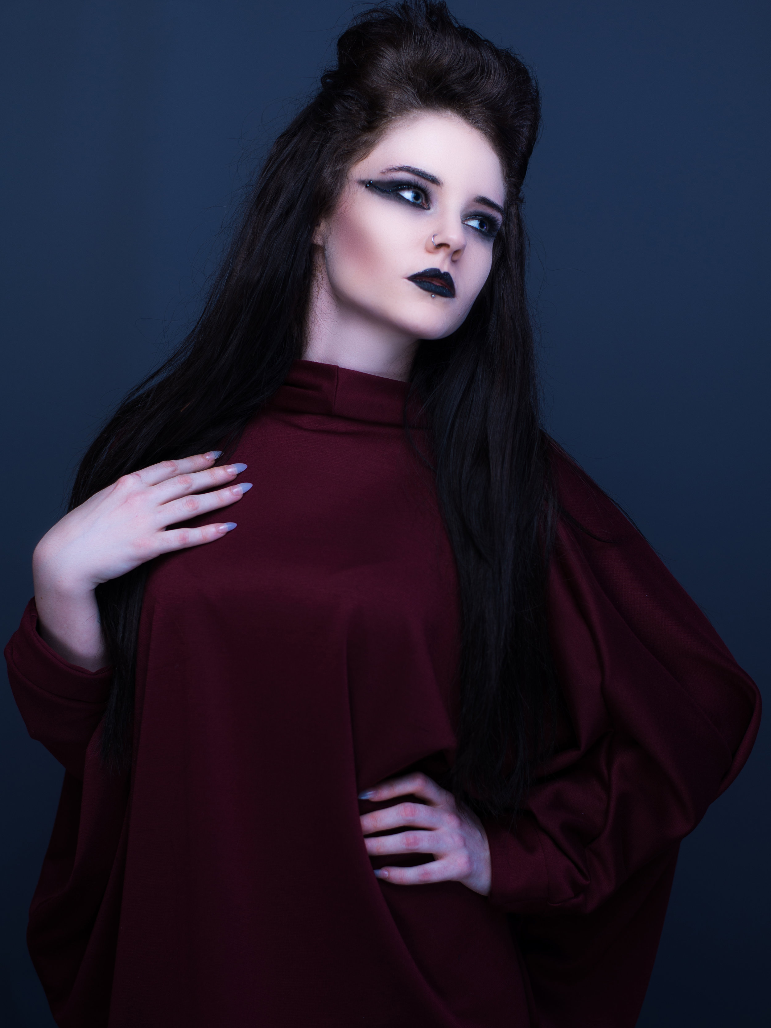 zaramia-ava-zaramiaava-leeds-fashion-designer-ethical-sustainable-tailored-minimalist-aya-burgundy-black-obi-belt-dress-versatile-drape-cowl-styling-studio-womenswear-models-photoshoot-13
