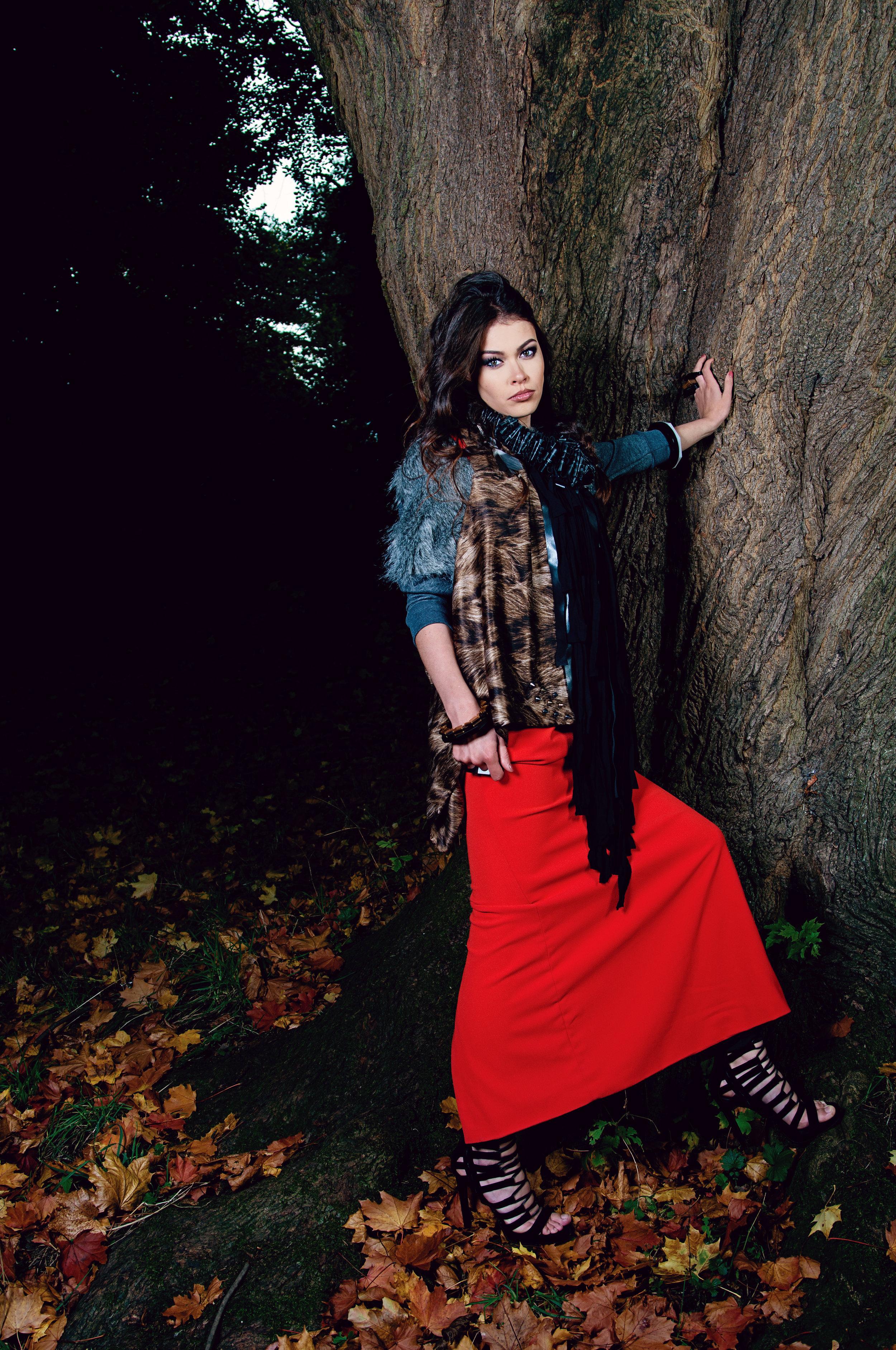 zaramia-ava-zaramiaava-leeds-fashion-designer-ethical-sustainable-tailored-minimalist-jacket-accent-coat-jacket-print-shirt-top-versatile-drape-cowl-styling-shop-womenswear-models-photoshoot-colour-9