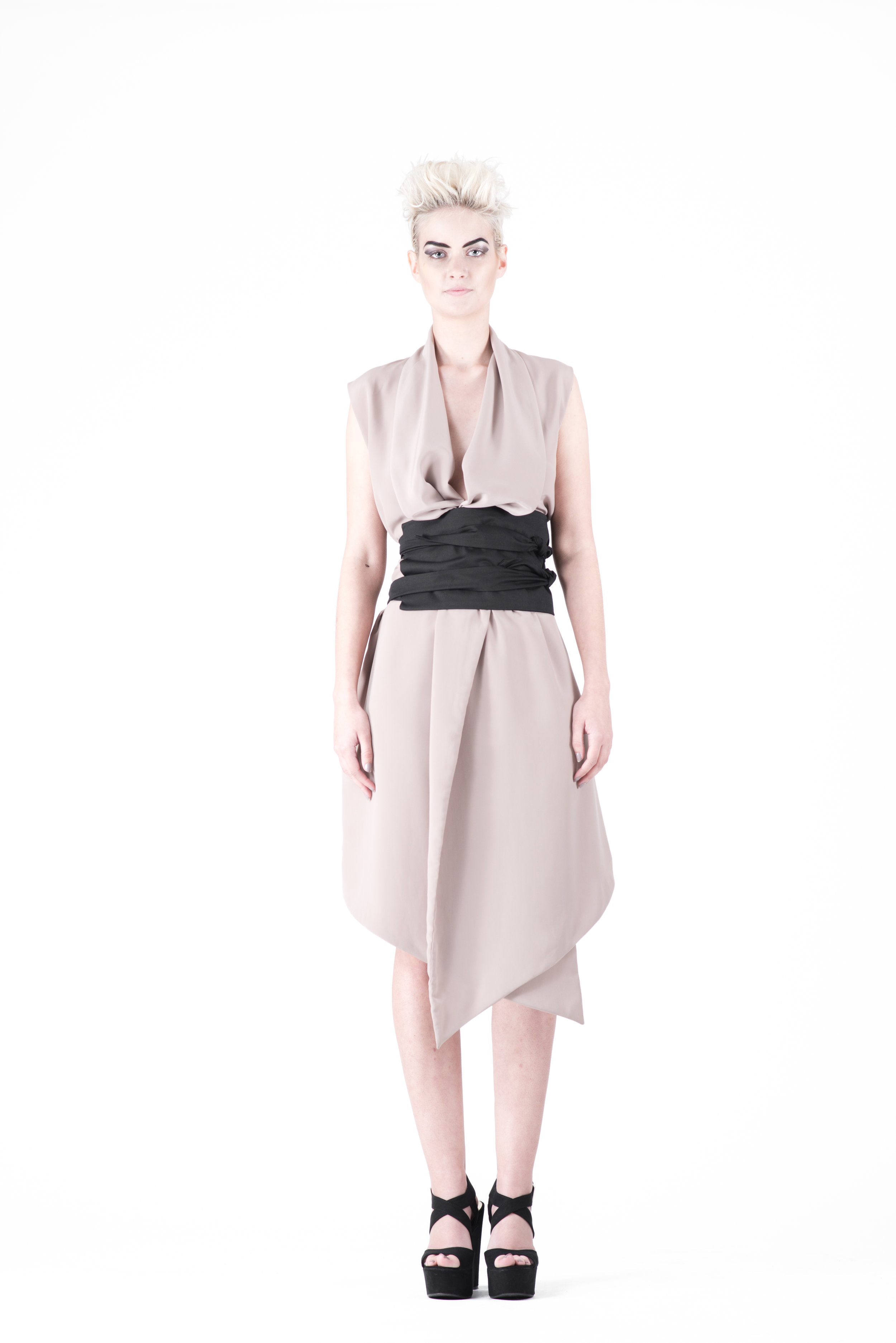 zaramia-ava-zaramiaava-leeds-fashion-designer-ethical-sustainable-tailored-minimalist-emi-nude-dress-obi-belt-black-versatile-drape-cowl-styling-womenswear-models-photoshoot-37