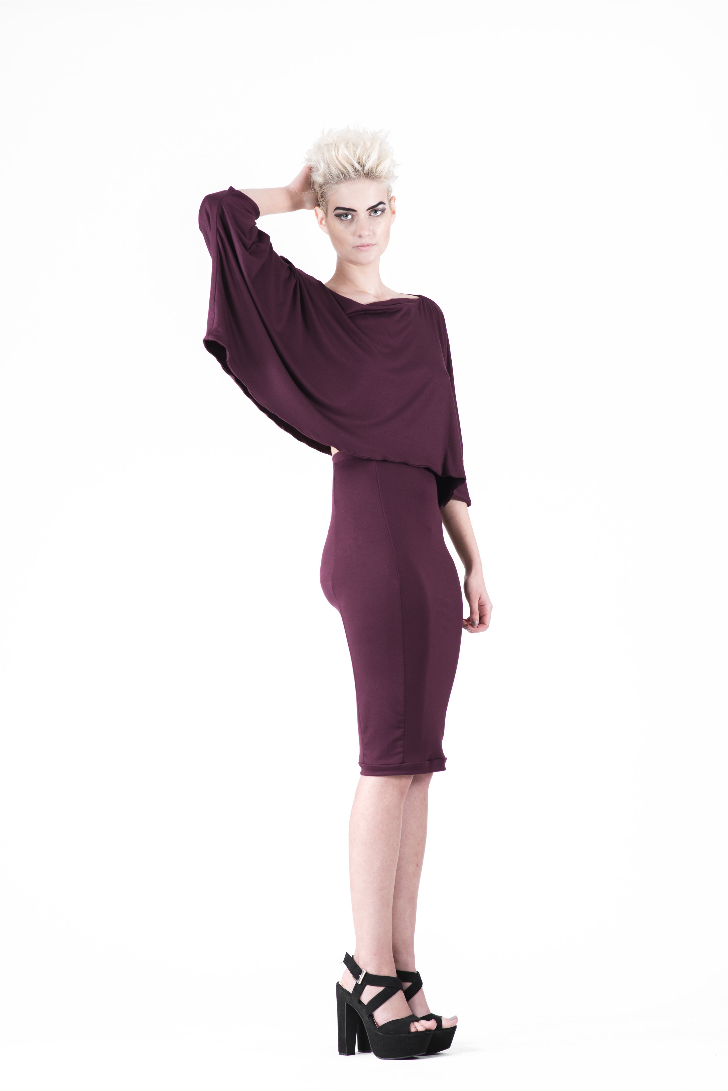 zaramia-ava-zaramiaava-leeds-fashion-designer-ethical-sustainable-tailored-minimalist-mika-plum-top-yuko-plum-versatile-drape-cowl-styling-womenswear-models-photoshoot-18