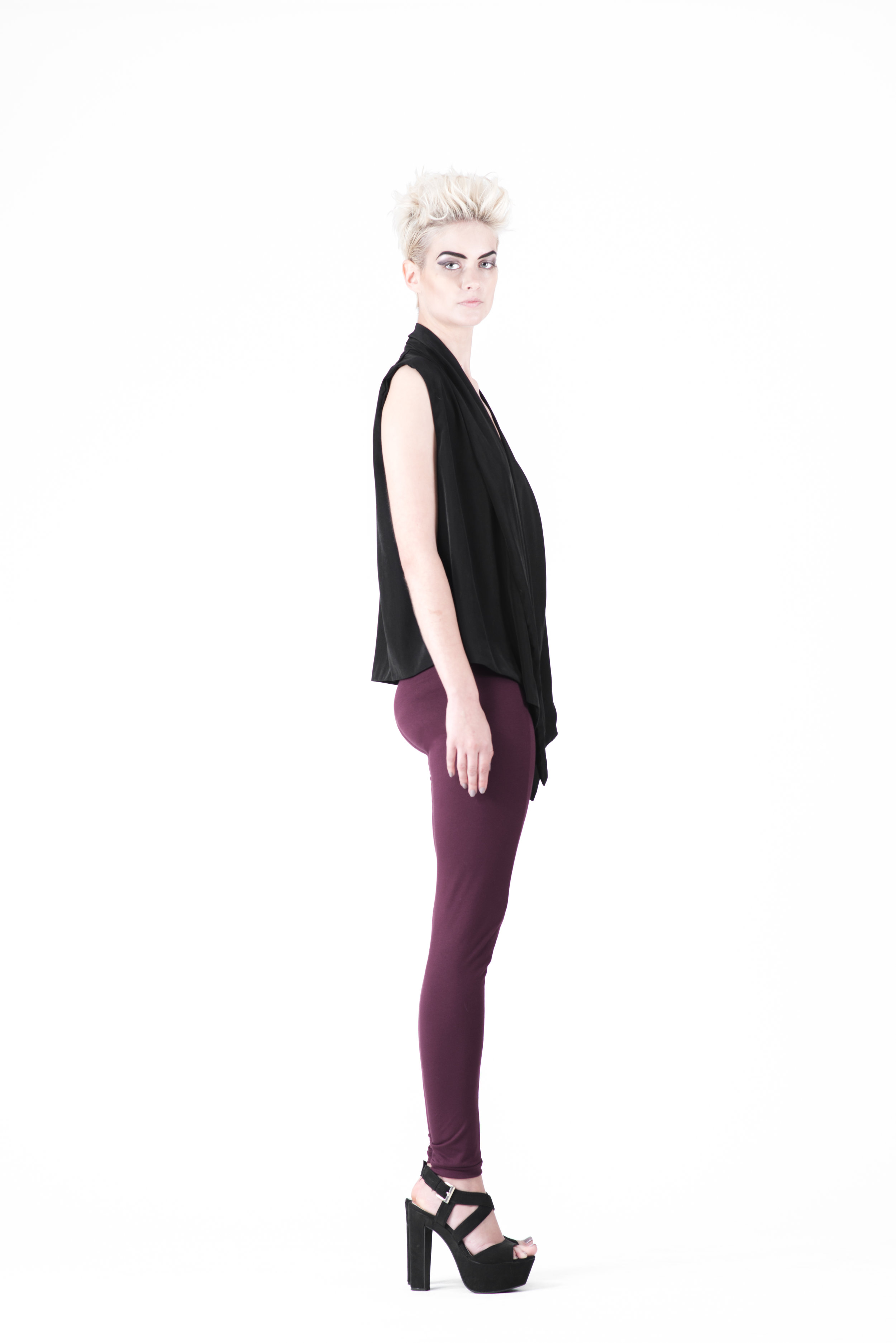 zaramia-ava-zaramiaava-leeds-fashion-designer-ethical-sustainable-tailored-minimalist-mioka-top-obi-belt-black-rei-plum-versatile-drape-cowl-styling-womenswear-models-photoshoot-49