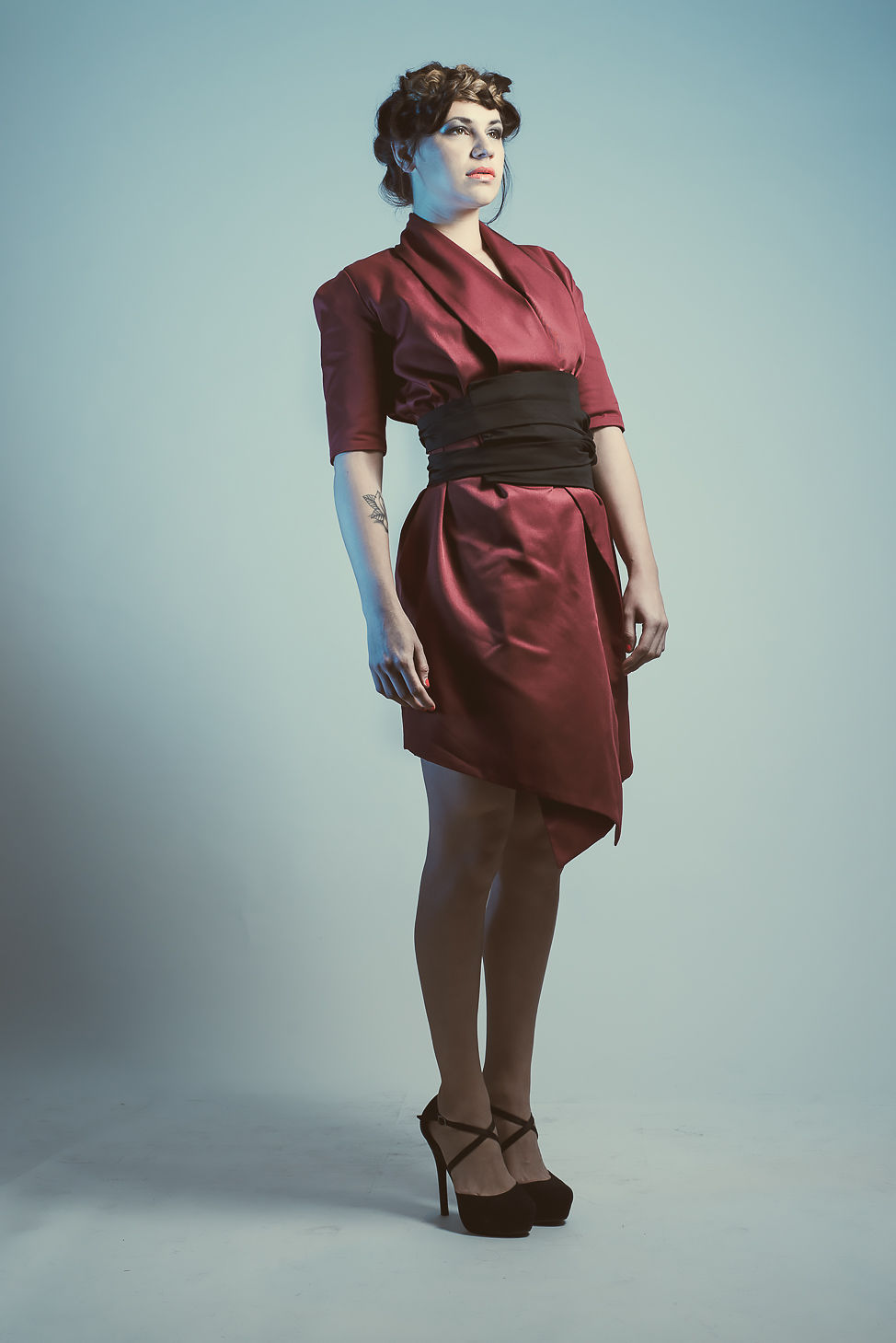 zaramia-ava-zaramiaava-leeds-fashion-designer-ethical-sustainable-tailored-minimalist-mai-burgundy-jacket-dress-belt-versatile-drape-cowl-styling-womenswear-models-photoshoot-shrine-hairdressers-58