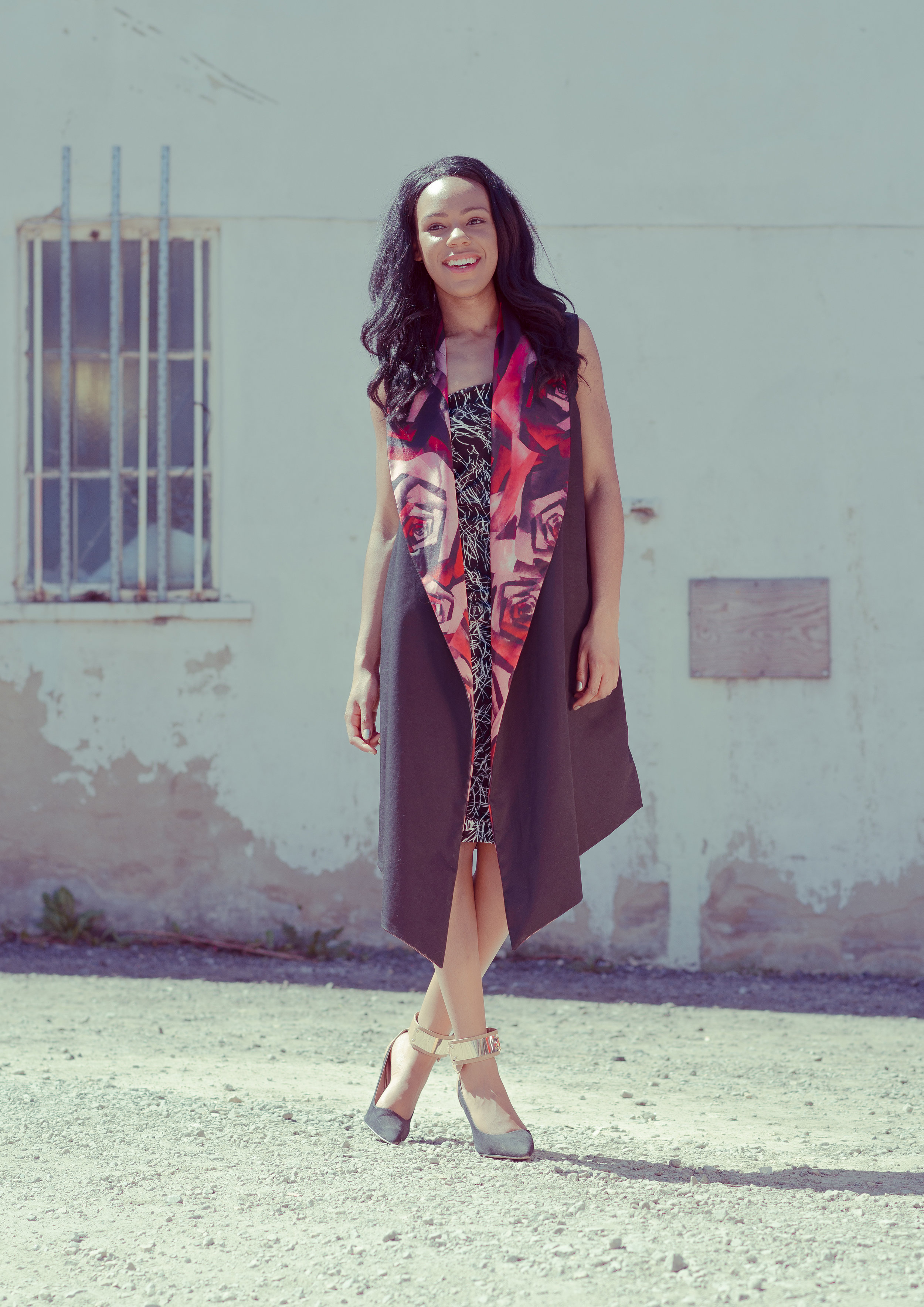 zaramia-ava-zaramiaava-leeds-fashion-designer-ethical-sustainable-tailored-minimalist-emi-red-print-black-jacket-belt-point-skirt-versatile-drape-cowl-styling-womenswear-models-1