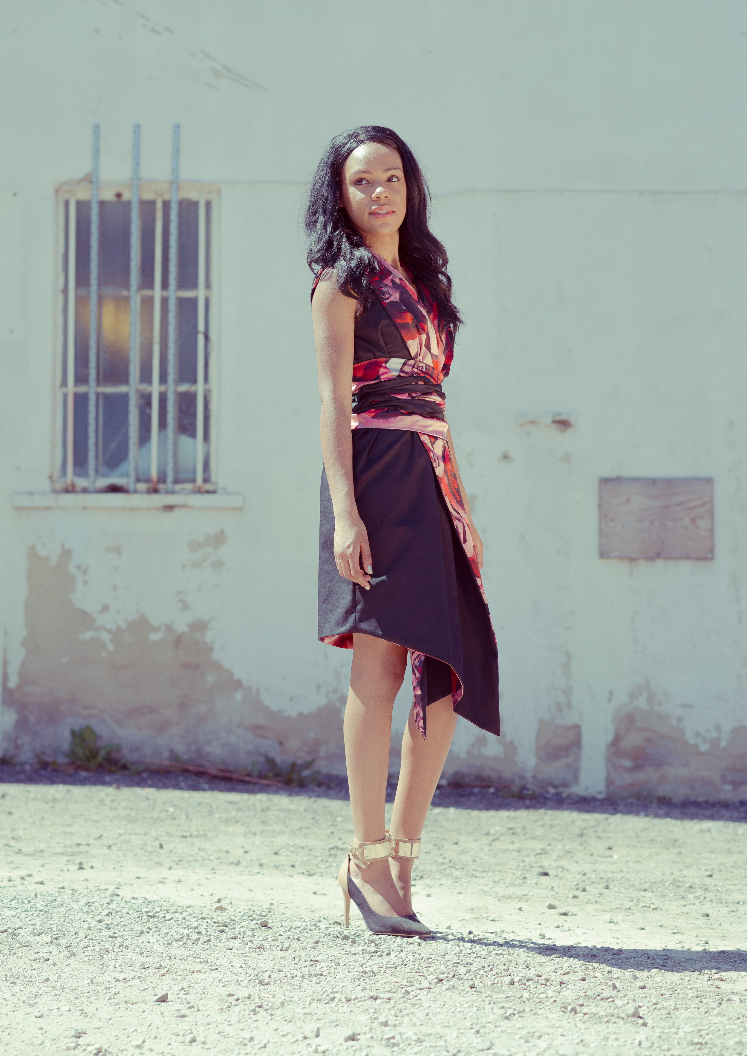 zaramia-ava-zaramiaava-leeds-fashion-designer-ethical-sustainable-tailored-minimalist-emi-red-print-black-jacket-belt-point-skirt-versatile-drape-cowl-styling-womenswear-models-3