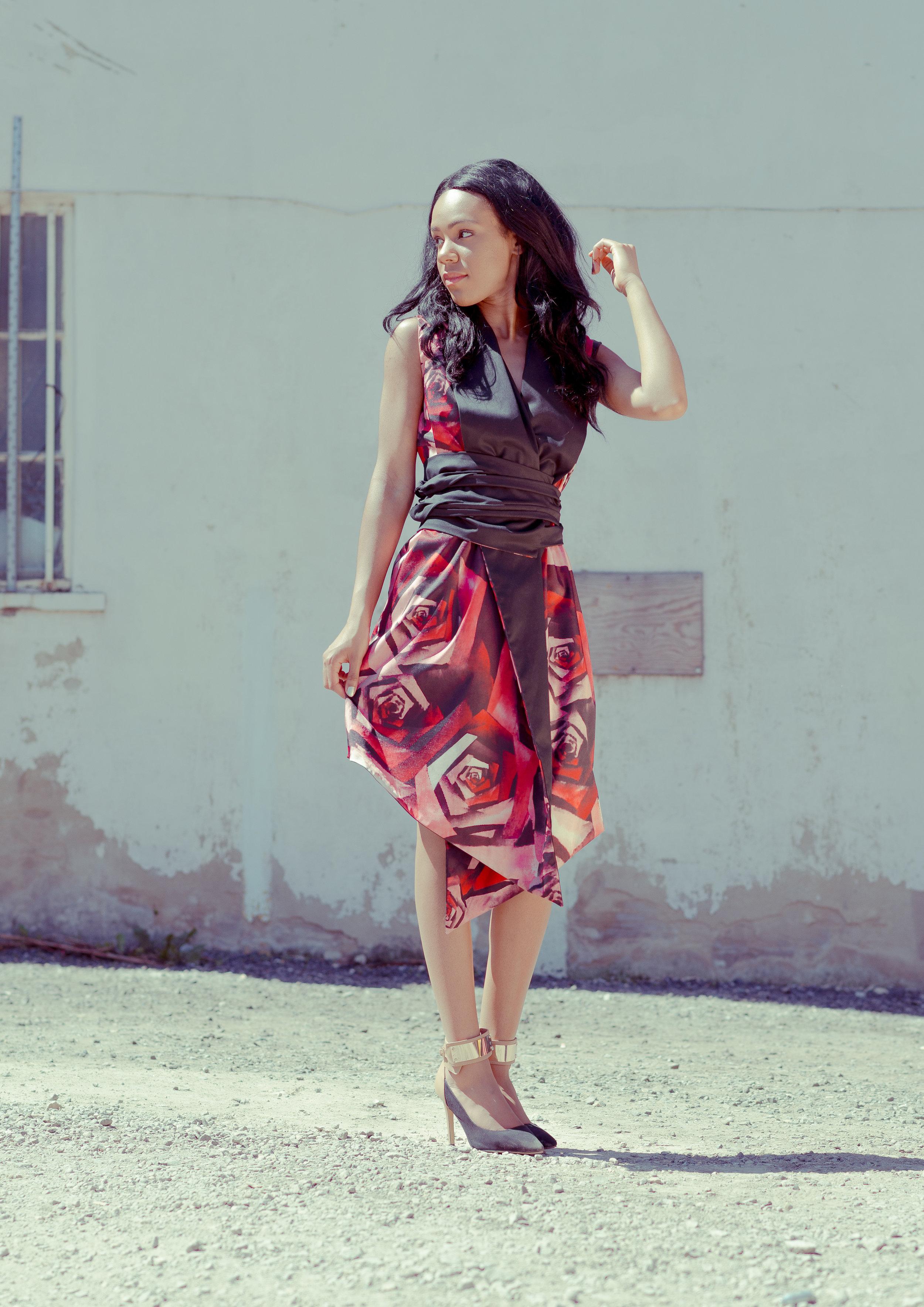 zaramia-ava-zaramiaava-leeds-fashion-designer-ethical-sustainable-tailored-minimalist-emi-red-print-black-jacket-belt-point-skirt-versatile-drape-cowl-styling-womenswear-models-4