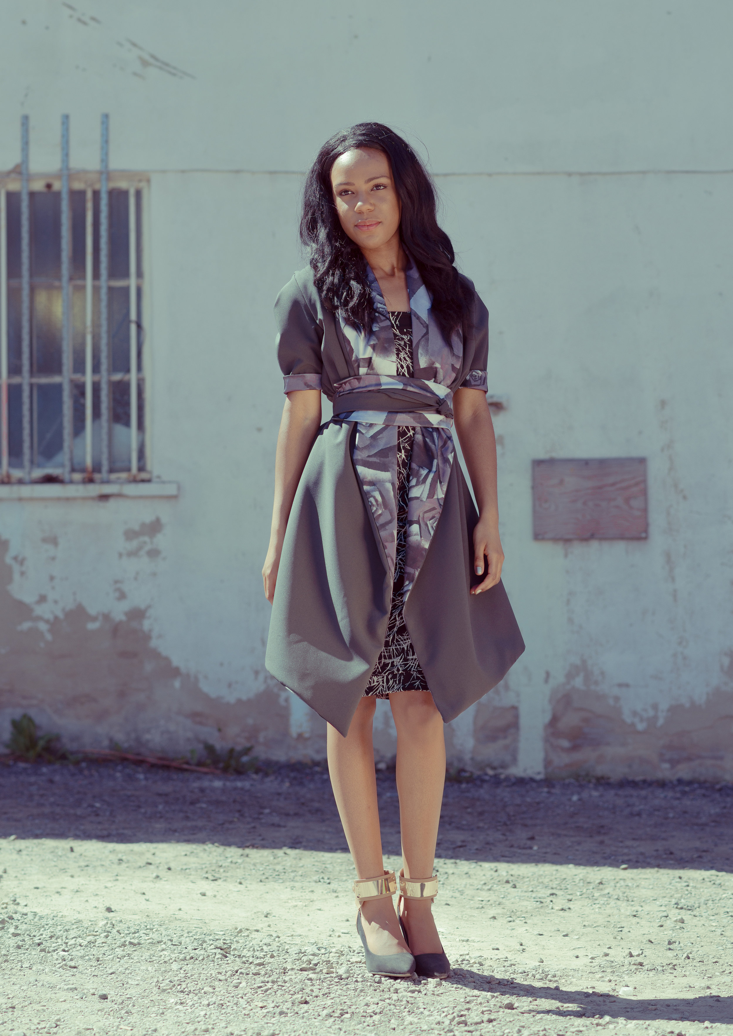 zaramia-ava-zaramiaava-leeds-fashion-designer-ethical-sustainable-tailored-minimalist-mai-grey-print-black-jacket-belt-point-skirt-versatile-drape-cowl-styling-womenswear-models-8