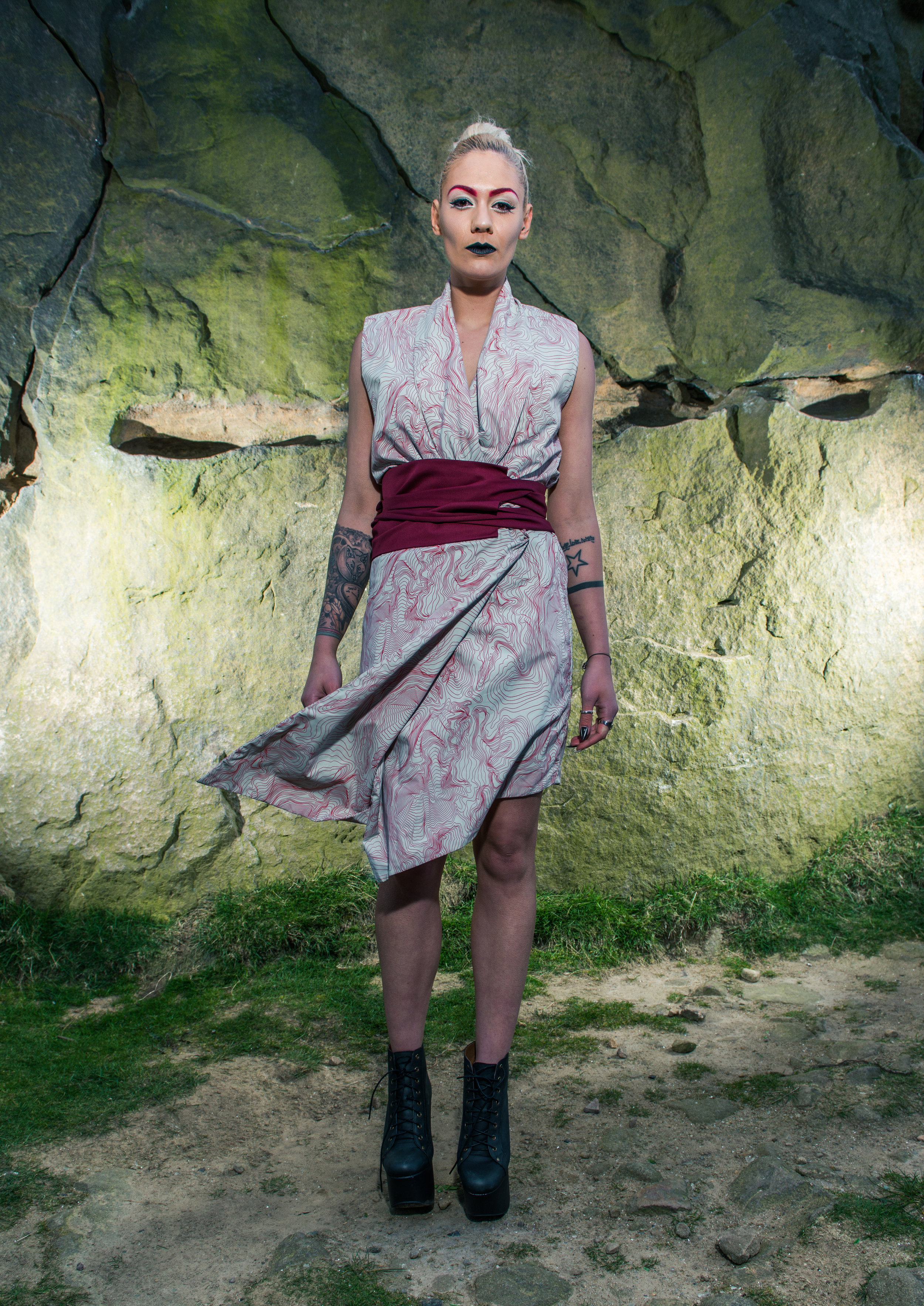 zaramia-ava-zaramiaava-leeds-fashion-designer-ethical-sustainable-tailored-minimalist-red-black-white-print-fitted-point skirt-emi-versatile-drape-cowl-styling-womenswear-models-photoshoot-location-29