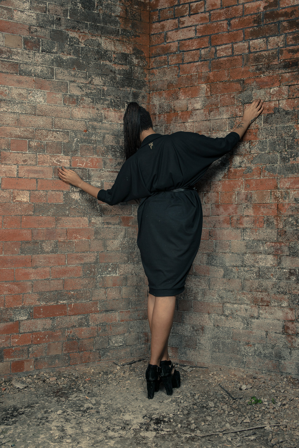 zaramia-ava-zaramiaava-leeds-fashion-designer-ethical-sustainable-tailored-minimalist-aya-dress-versatile-drape-black-belt-wrap-cowl-styling-womenswear-models-photoshoot-location-16