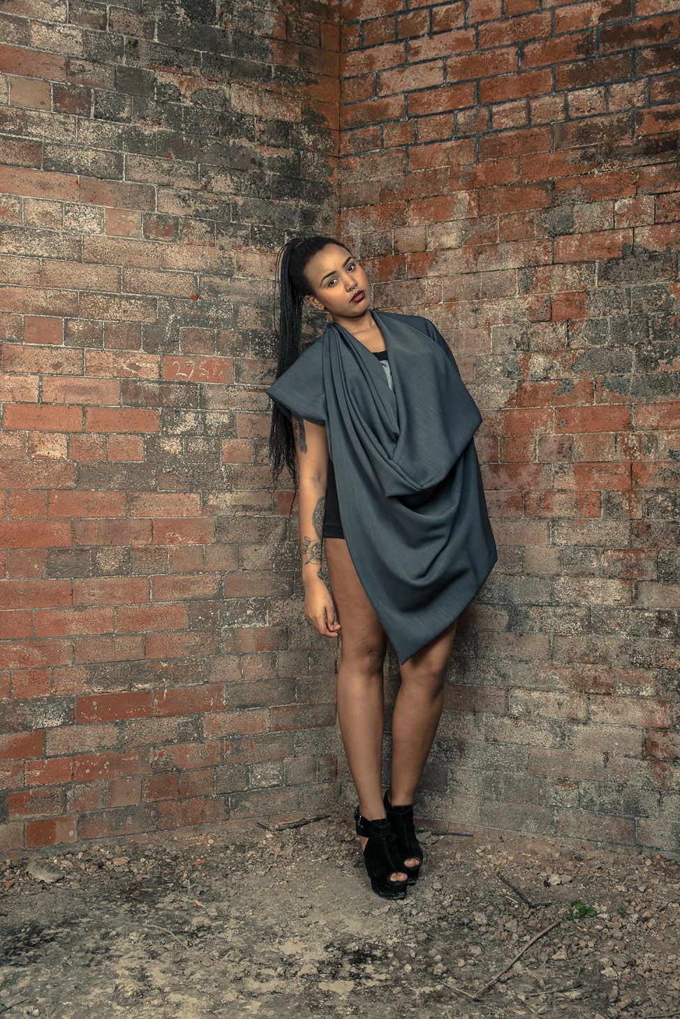 zaramia-ava-zaramiaava-leeds-fashion-designer-ethical-sustainable-tailored-minimalist-cape-versatile-drape-grey-bodysuit-black-belt-wrap-cowl-styling-womenswear-models-photoshoot-location-20