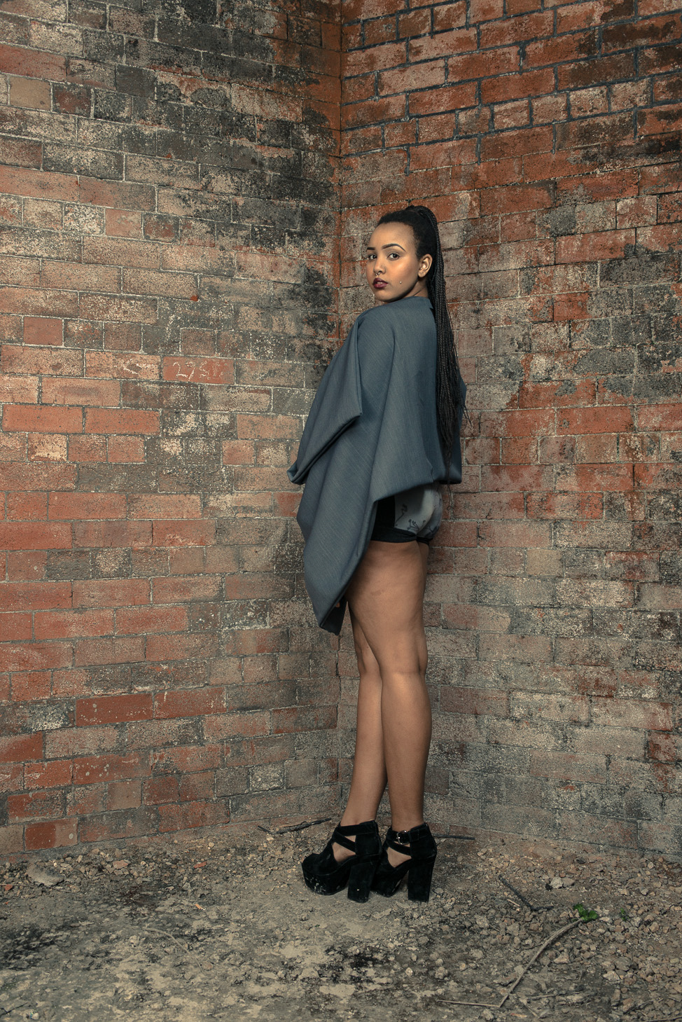 zaramia-ava-zaramiaava-leeds-fashion-designer-ethical-sustainable-tailored-minimalist-cape-versatile-drape-grey-bodysuit-black-belt-wrap-cowl-styling-womenswear-models-photoshoot-location-21
