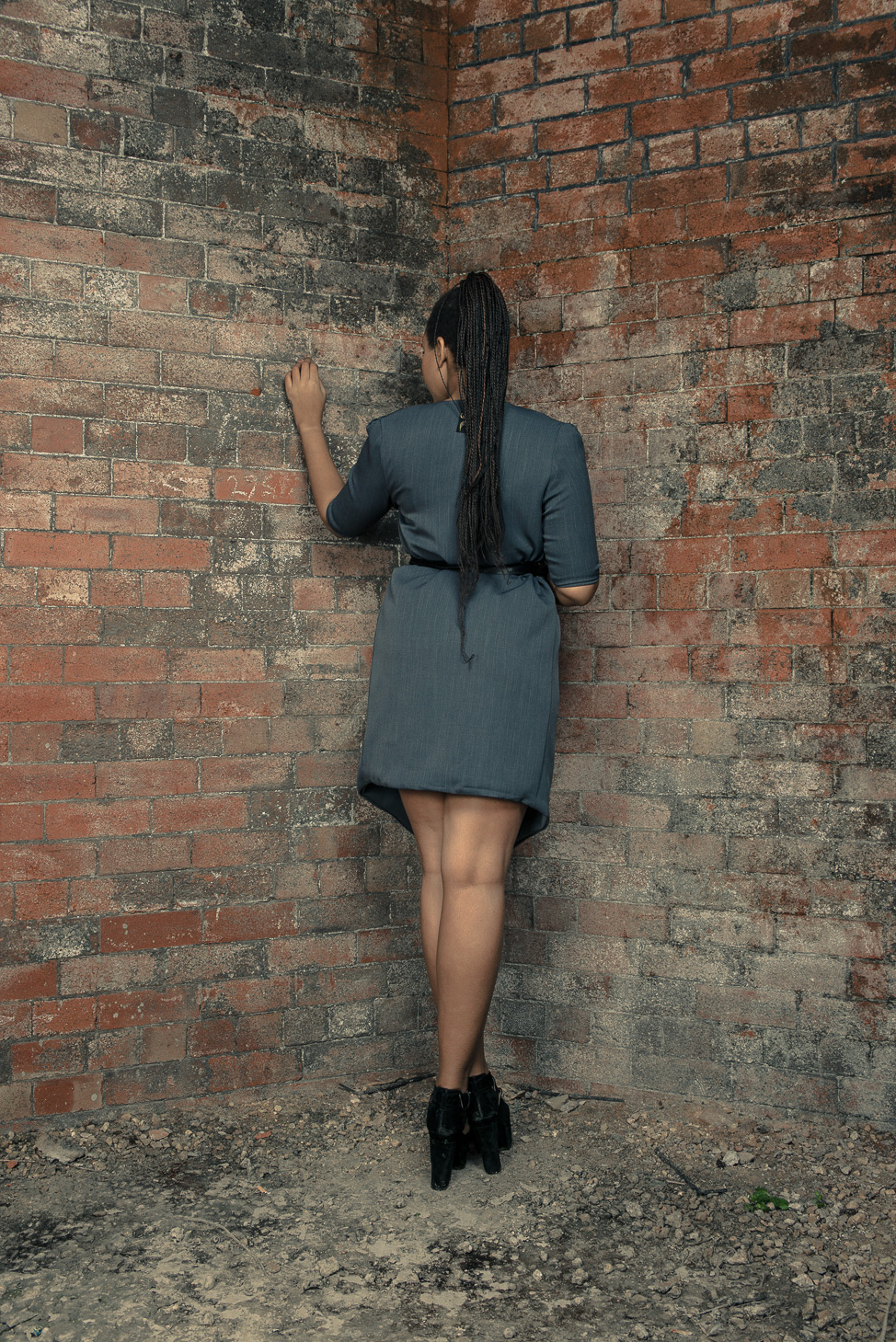 zaramia-ava-zaramiaava-leeds-fashion-designer-ethical-sustainable-tailored-minimalist-dress-jacket-versatile-drape-grey-bodysuit-black-obi-belt-wrap-cowl-styling-womenswear-models-photoshoot-23