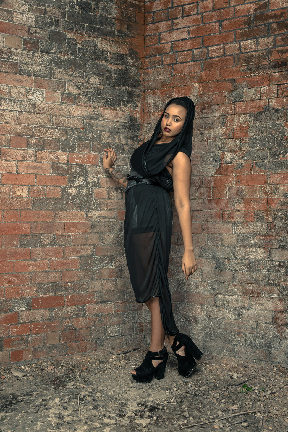 zaramia-ava-zaramiaava-leeds-fashion-designer-ethical-sustainable-tailored-minimalist-sheer-versatile-drape-dress-black-hood-binding-belt-wrap-cowl-styling-bodysuit-womenswear-models-photoshoot-6