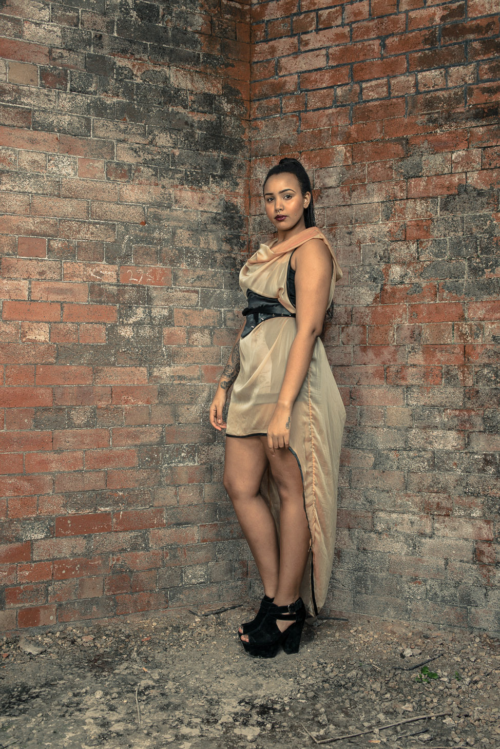 zaramia-ava-zaramiaava-leeds-fashion-designer-ethical-sustainable-tailored-minimalist-sheer-versatile-drape-dress-gold-binding-belt-wrap-cowl-styling-bodysuit-womenswear-models-photoshoot-location-4