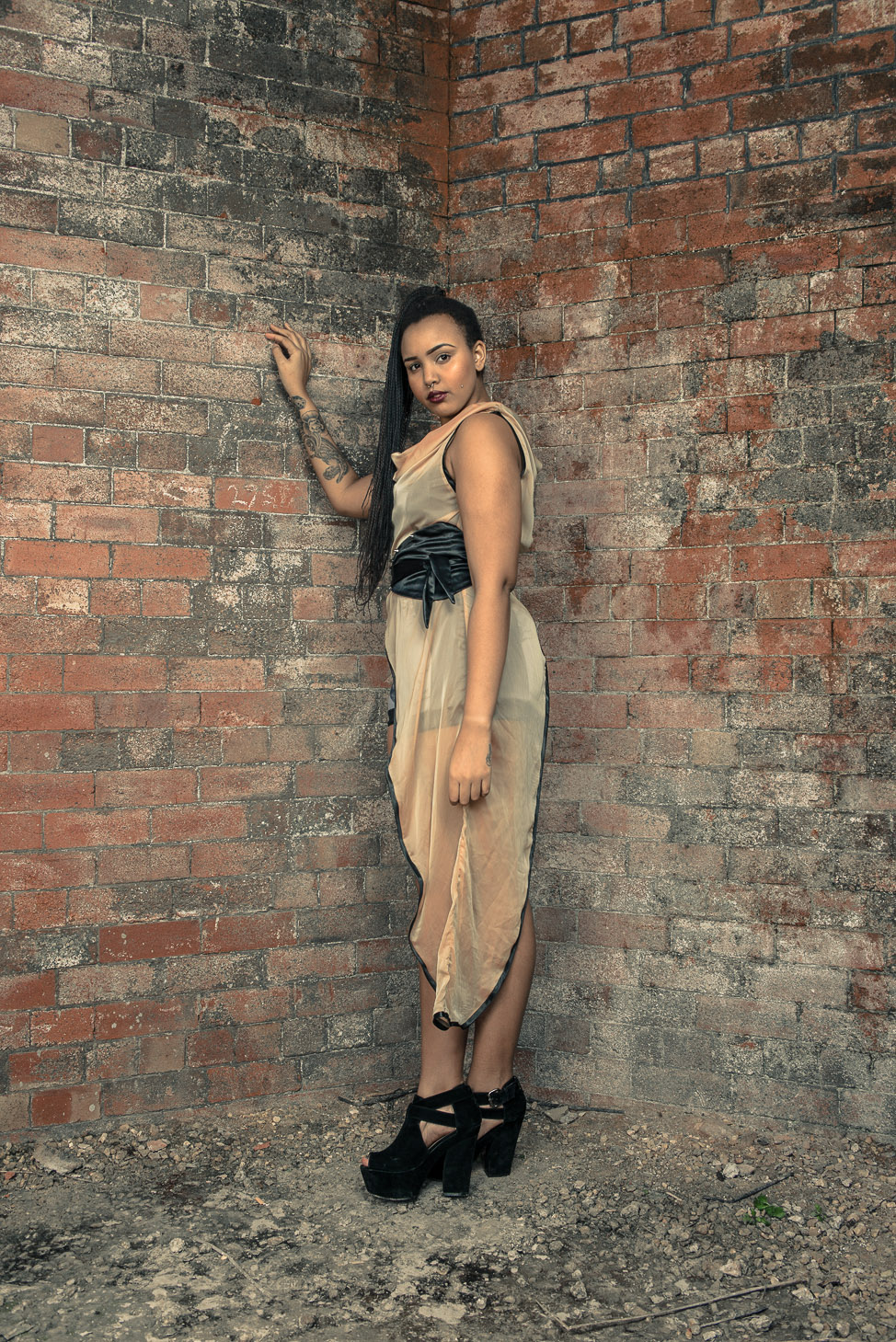 zaramia-ava-zaramiaava-leeds-fashion-designer-ethical-sustainable-tailored-minimalist-sheer-versatile-drape-top-gold-binding-belt-wrap-cowl-styling-womenswear-models-photoshoot-location-1