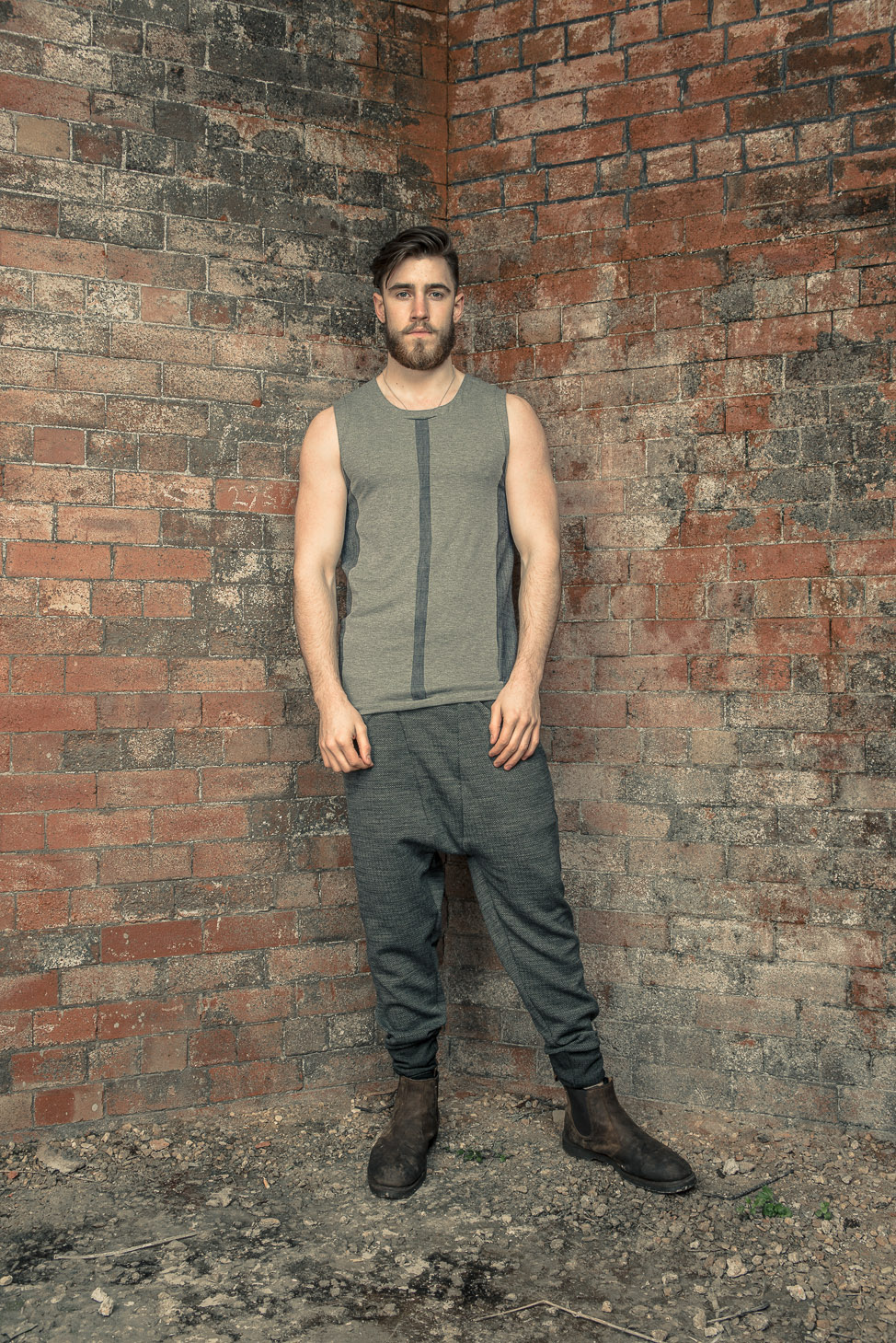 zaramia-ava-zaramiaava-leeds-fashion-designer-ethical-sustainable-tailored-minimalist-stripe-fitted-versatile-drape-grey-tshirt-top-vest-hareem-trousers-black-grey-texture-styling--7