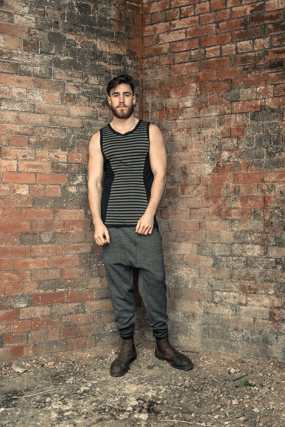 zaramia-ava-zaramiaava-leeds-fashion-designer-ethical-sustainable-tailored-minimalist-stripe-fitted-versatile-drape-grey-tshirt-top-vest-hareem-trousers-black-grey-texture-styling--9