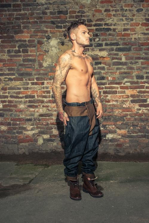 zaramia-ava-zaramiaava-leeds-fashion-designer-ethical-sustainable-tailored-minimalist-versatile-drape-grey-taupe-shirt-hareem-trousers-denim-brown-trousers-styling-menswear-model-photoshoot-18