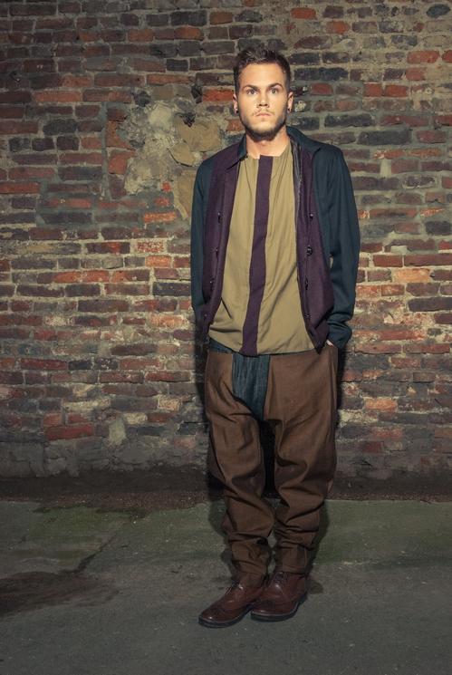 zaramia-ava-zaramiaava-leeds-fashion-designer-ethical-sustainable-tailored-minimalist-versatile-drape-taupe-black-coat-burgundy-shirt-vest-top-denim-trousers-brown-styling-menswear-model--10