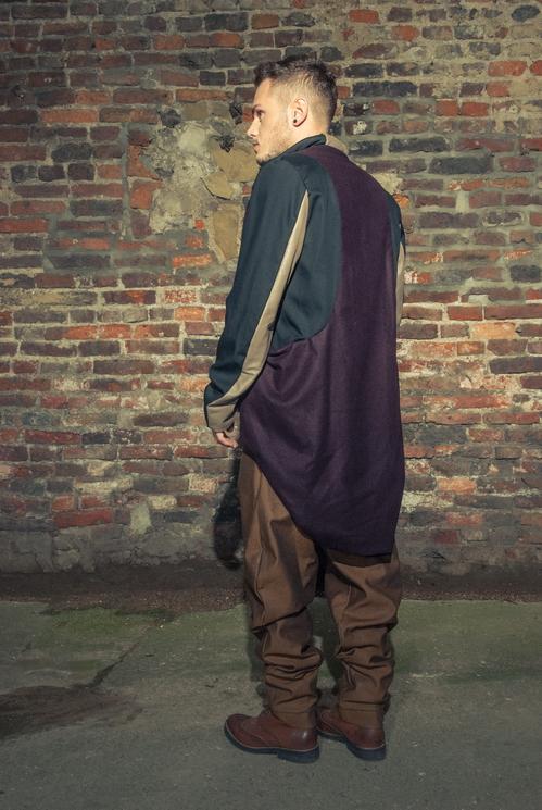 zaramia-ava-zaramiaava-leeds-fashion-designer-ethical-sustainable-tailored-minimalist-versatile-drape-taupe-black-coat-burgundy-shirt-vest-top-denim-trousers-brown-styling-menswear-model-photoshoot-11